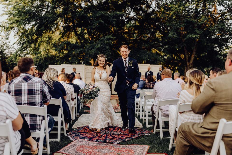 notes-farmhouse-wedding