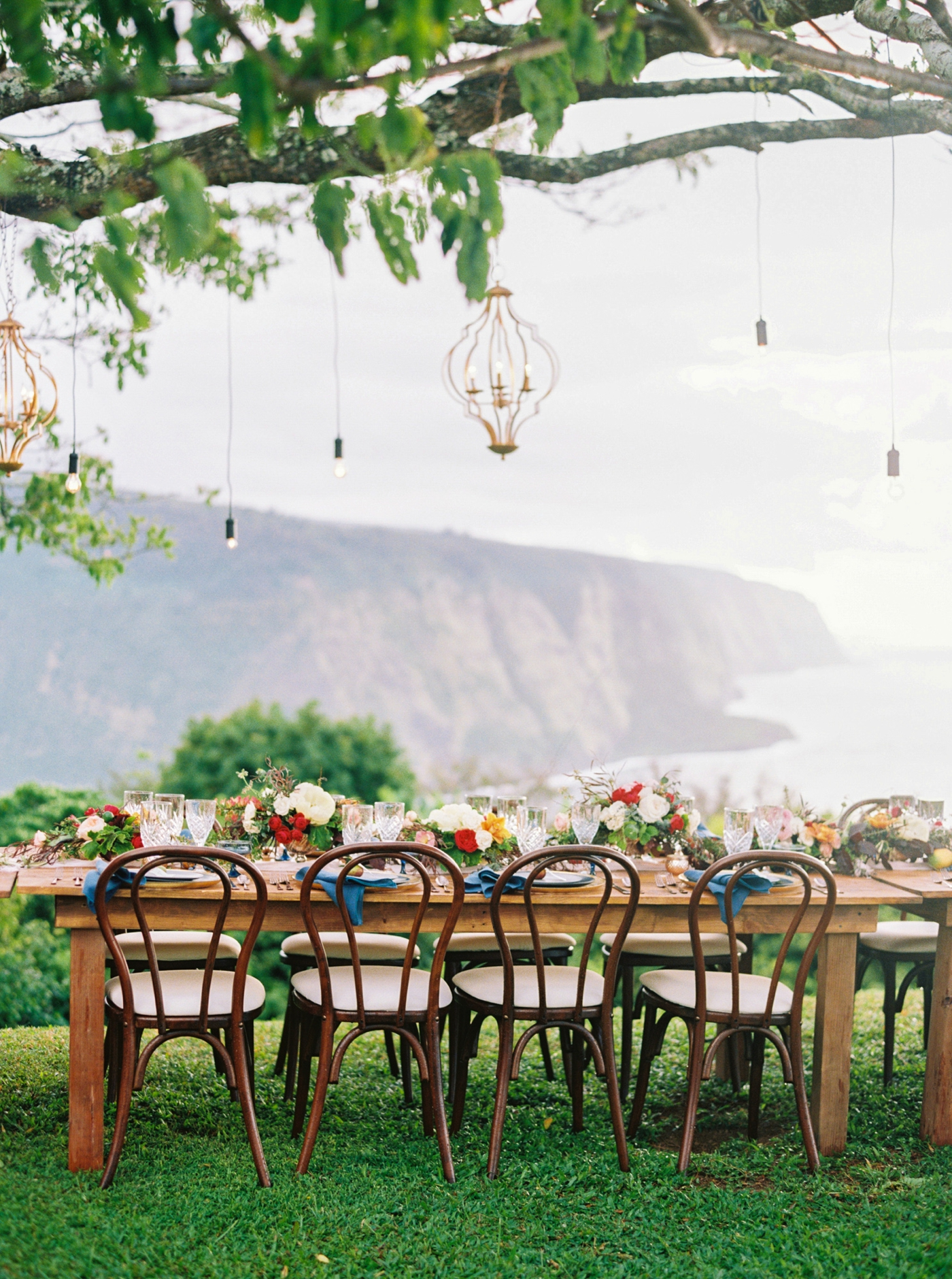 Martha-Stewart-Waipio-Valley-Big-Island-Hawaii-Wedding-Rebecca-Arthurs-0281.jpg