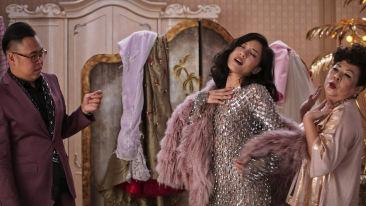 crazy-rich-asians-dress-try-on.jpg