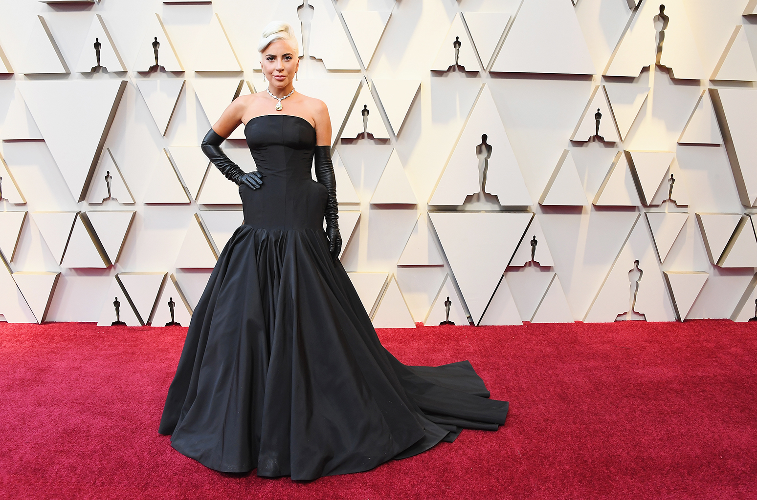 lady-gaga-oscars-rc-2019-billboard-1548.jpg