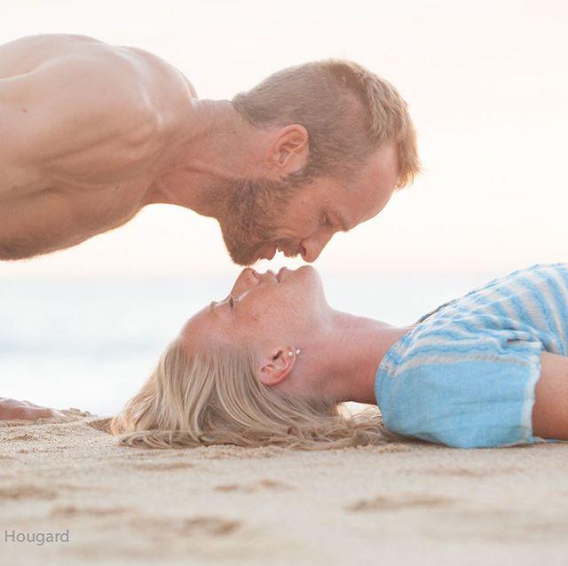 #damiana #explorebaja @photoshootbaja #amor #beachromance @flordeamors
