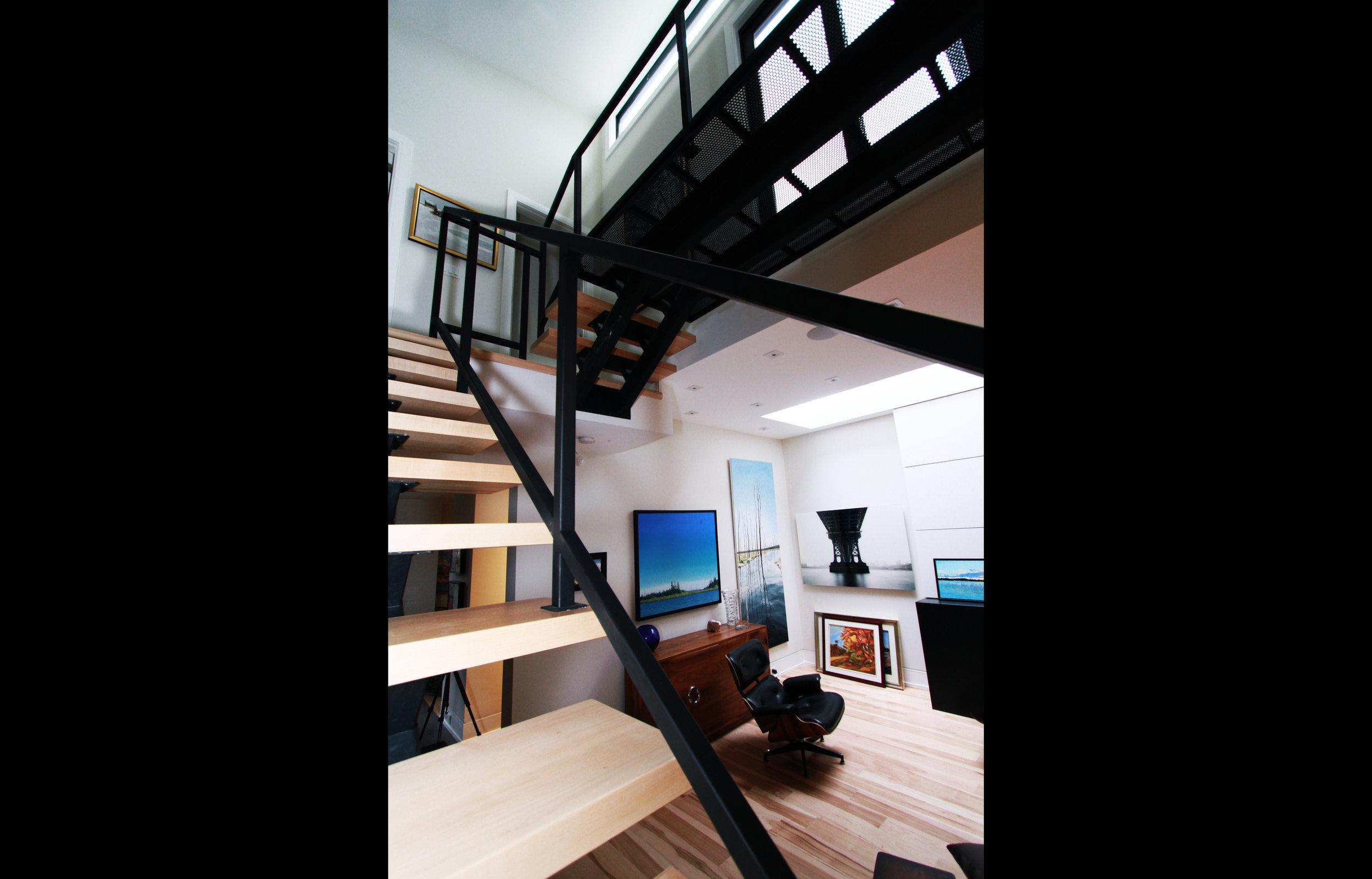 Leacrest Stair Full.jpg