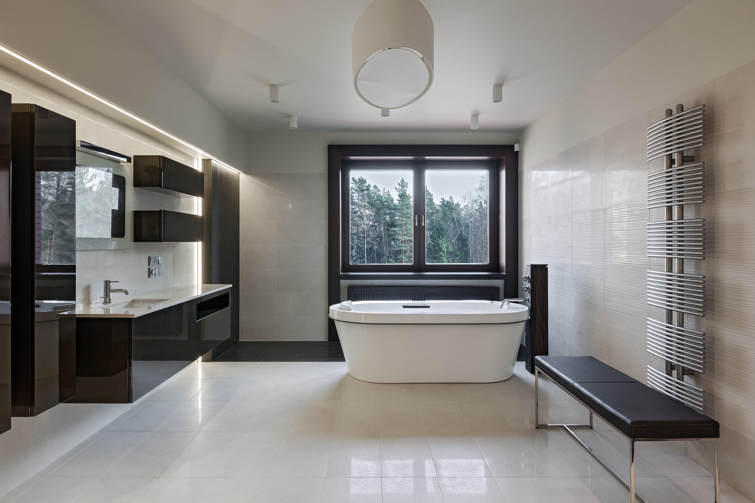 bigstock-Luxury-Bathroom-Interior-101267285.jpg