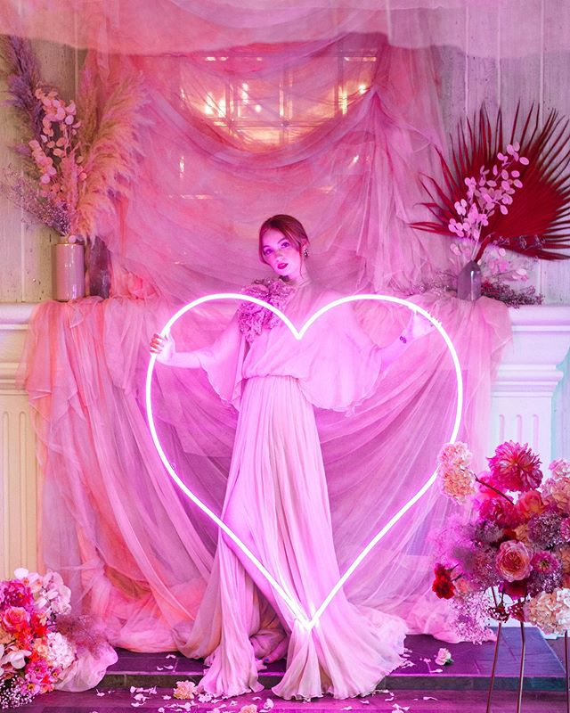 We were so honoured when @forrestandj asked us to create an epic pink ceiling tapestry, backdrop and table dress for @theprettyprojectworkshop in Malibu this July! And today it's featured on @greenweddingshoes!! 😍😍🎉🎉 A huge thank you to the amazing creative team who made all the pretty happen!! And isn't this life-size neon heart by @lovethiswayla the cutest?! …. @theprettyprojectworkshop created and hosted by JLN Studios @wisteriaphotography // photography @forrestandj // design + styling  @thebloemistla // floral design @maliboulakelodge // venue  @onyxandredwood // styling asst + tabletop stoneware rentals  @kellybalch // videography  @esodette // model @partypleasers // specialty rentals + tabletop  @propheaven // pink row boat  @thelovli.co // custom tapestries  @sugarcrushsweets // custom desserts + cakes  @midnightconfetti // laser cut goods + signage  @thetypsygypsybar // horse trailer bar  @lovethiswayla // dessert backdrop wall + neon  @blushing.beauty // hair + makeup @galialahav // gowns  @badgleymischka // shoes @theveiledbeauty // veils + bridal hair accessories @clairemagnolia // vow books @localeclectic // rings @the_mrs_box // ring boxes @goodmanfilmlab // film scans