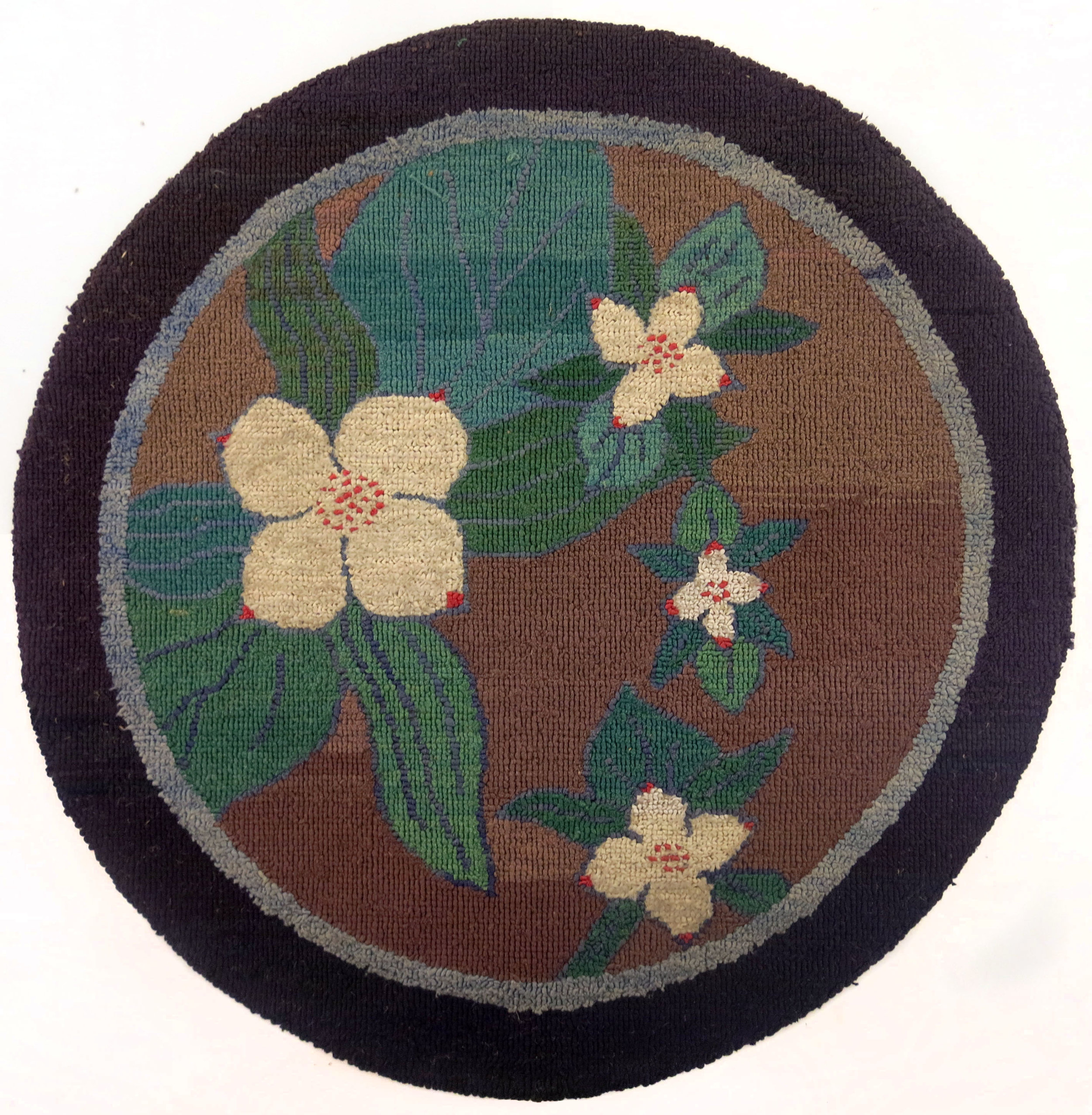 Anonymous, The Grenfell Mission, Round Crackerberry Mat, c. 1935, silk, rayon, and burlap; dyed, 16 1/2 in diam.
