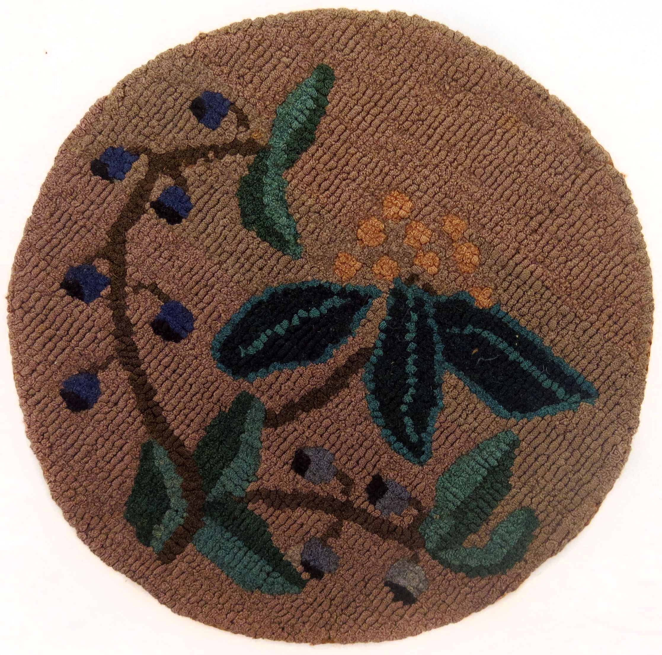 Anonymous, The Grenfell Mission, Small Crackerberry Table Mat, c. 1940, silk and rayon; dyed, 7 1/2 in diam.