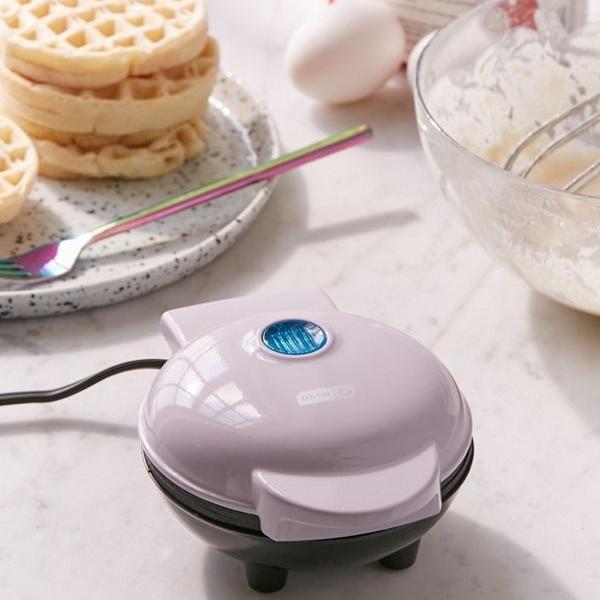 Mini Waffle Maker -