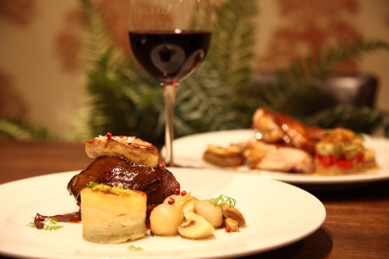 wine_plates.JPG