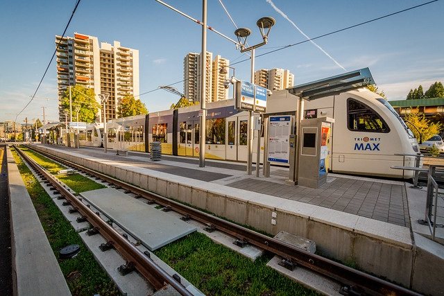 TriMet's All-Electric MAX Train