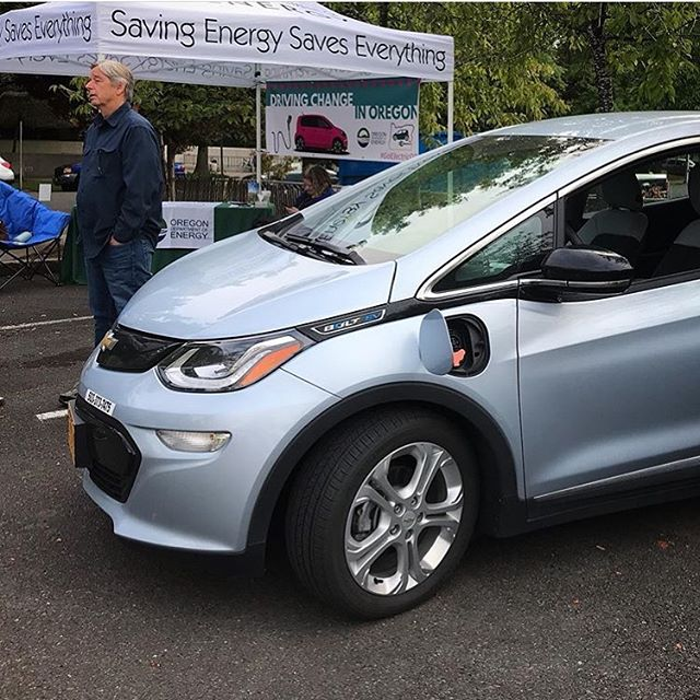 From @odoenergy 🚙🔌This little EV went to the market! We're celebrating National Drive Electric Week at the Salem Saturday Market now until 3pm. Stop by to learn about electric vehicles, charging (with tools like @chargeway), incentives, and more. #NDEW2019 #GoElectricOR #EVs #ElectricVehicles #KnowledgeIsPower #ZeroEmissions