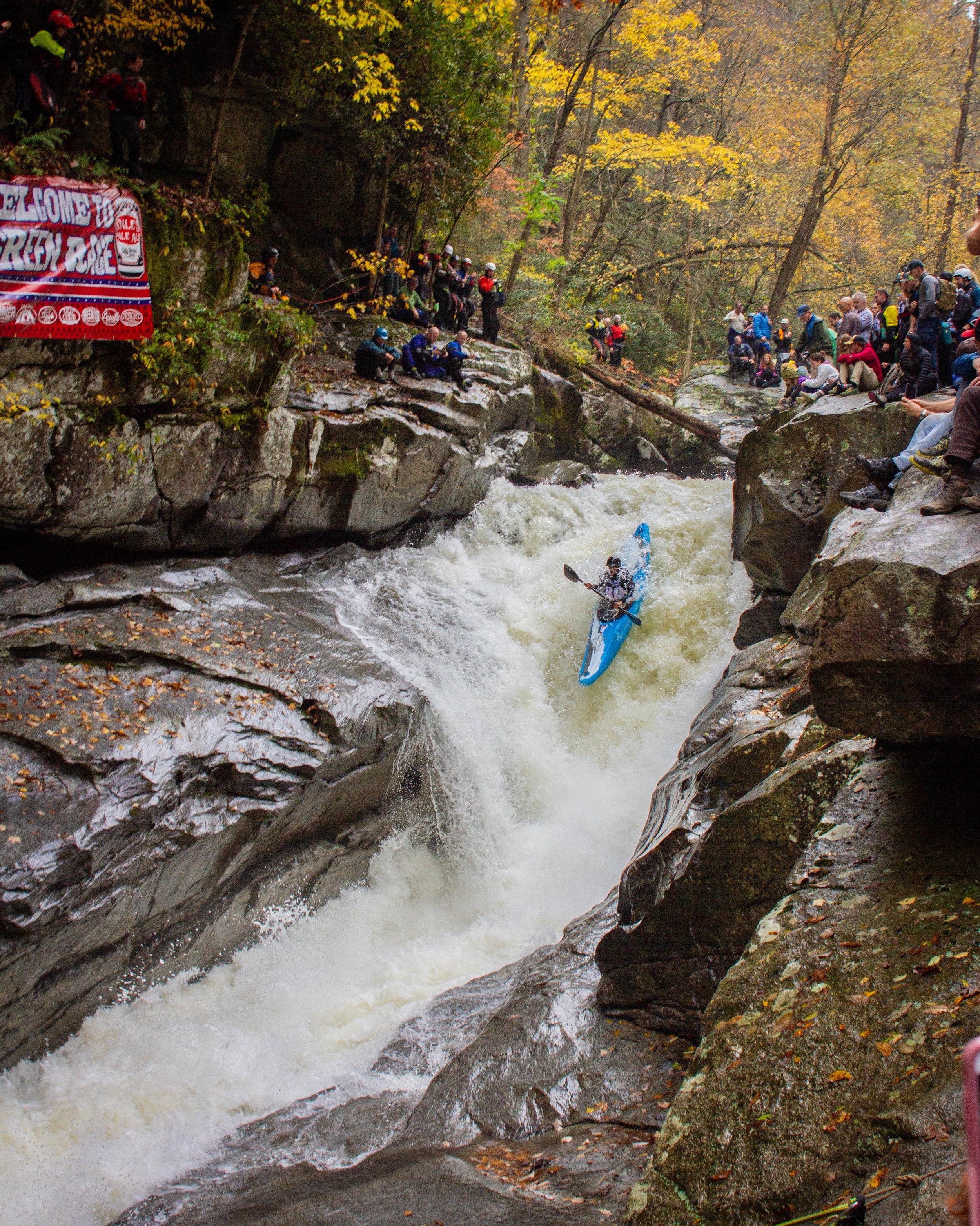 Rashid Clifton running the crux of Green Race. Green River Narrows Saluda, North Carolina (Photo credit: Joey Redmond)
