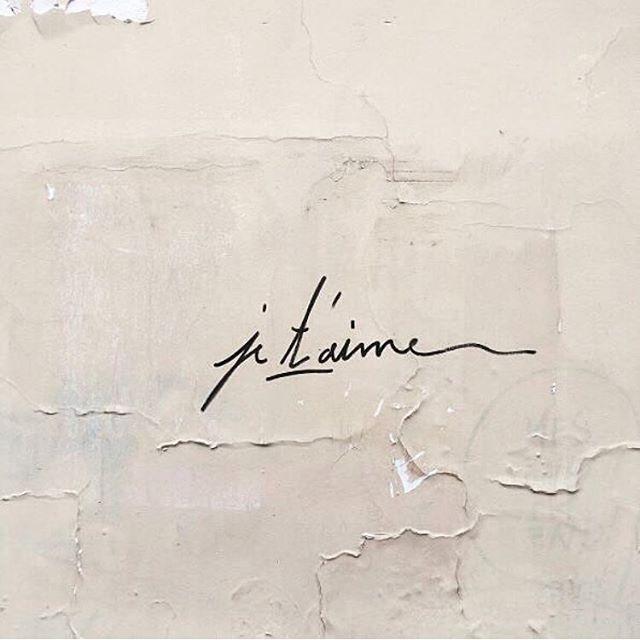 Lettering inspiration ✨ via @violette_fr • • • • • #regram #handlettering #jetaime #minimal #simple