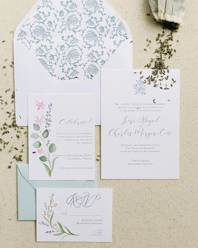 Abby and Charlie's invitation suite 🌿 • • • • • • #virginiawedding #virginiaisforlovers #southernwedding #frenchtextile #eucalyptus #watercolor #greenweddingshoes ph: @graykammera
