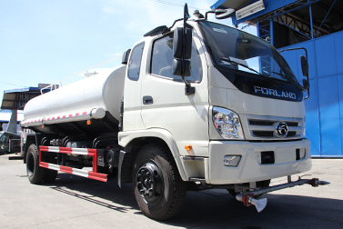 Forland Philippines Special Vehicles Water Tanker.jpg