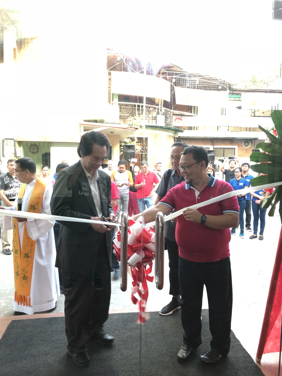Forland GenSan Ribbon Cutting.jpg