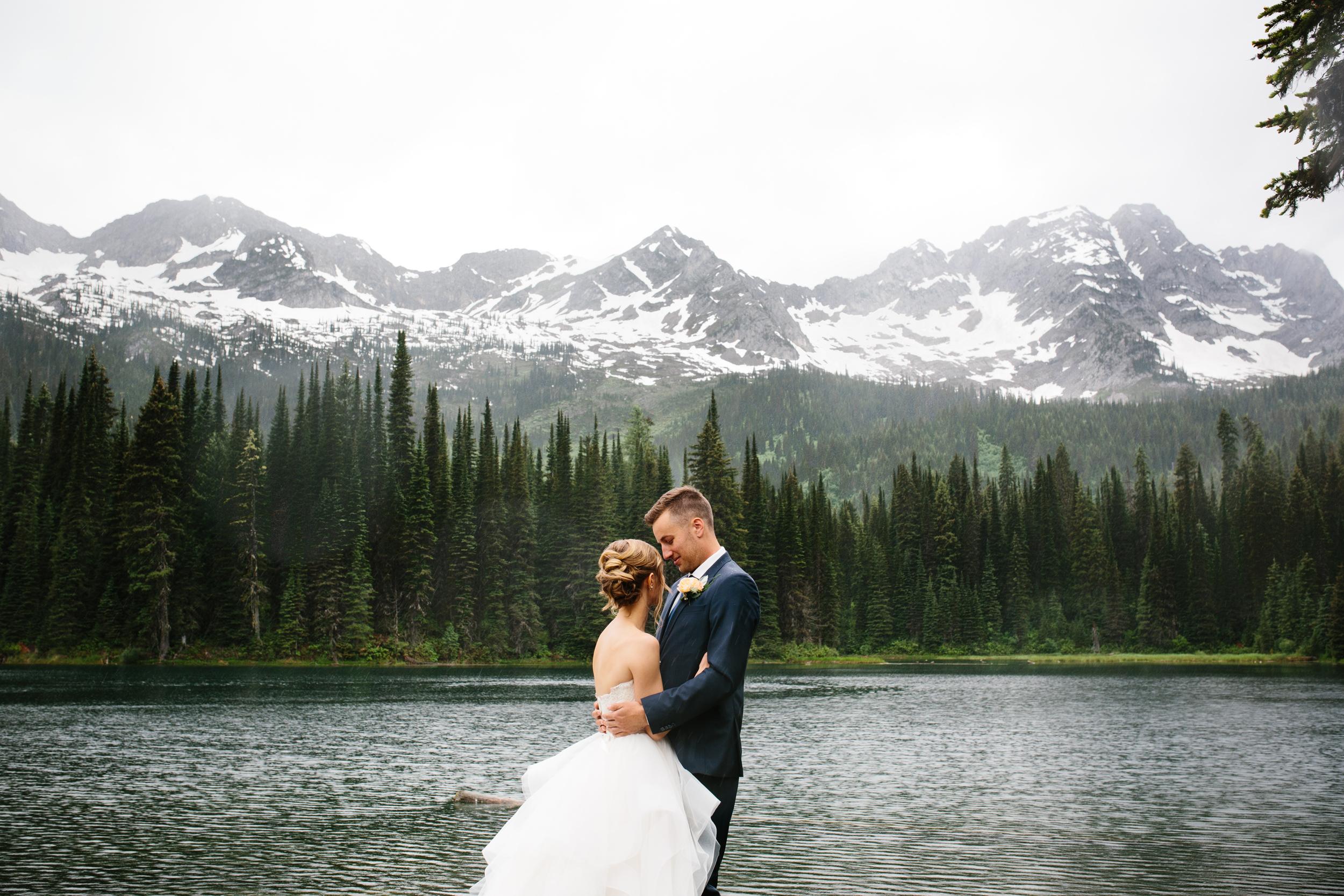 Island_Lake_Lodge_Wedding0013.jpg