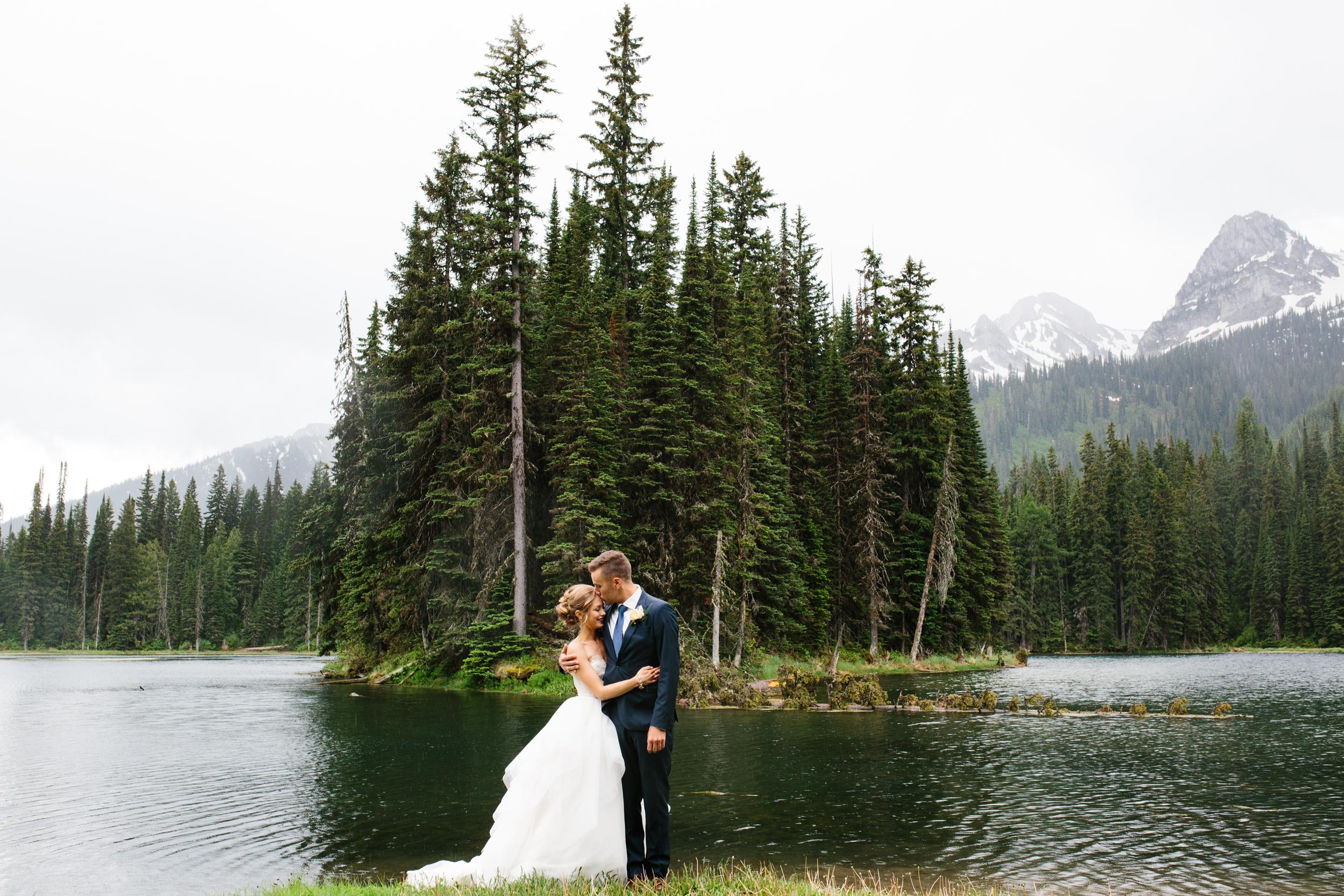 Island_Lake_Lodge_Wedding0014.jpg