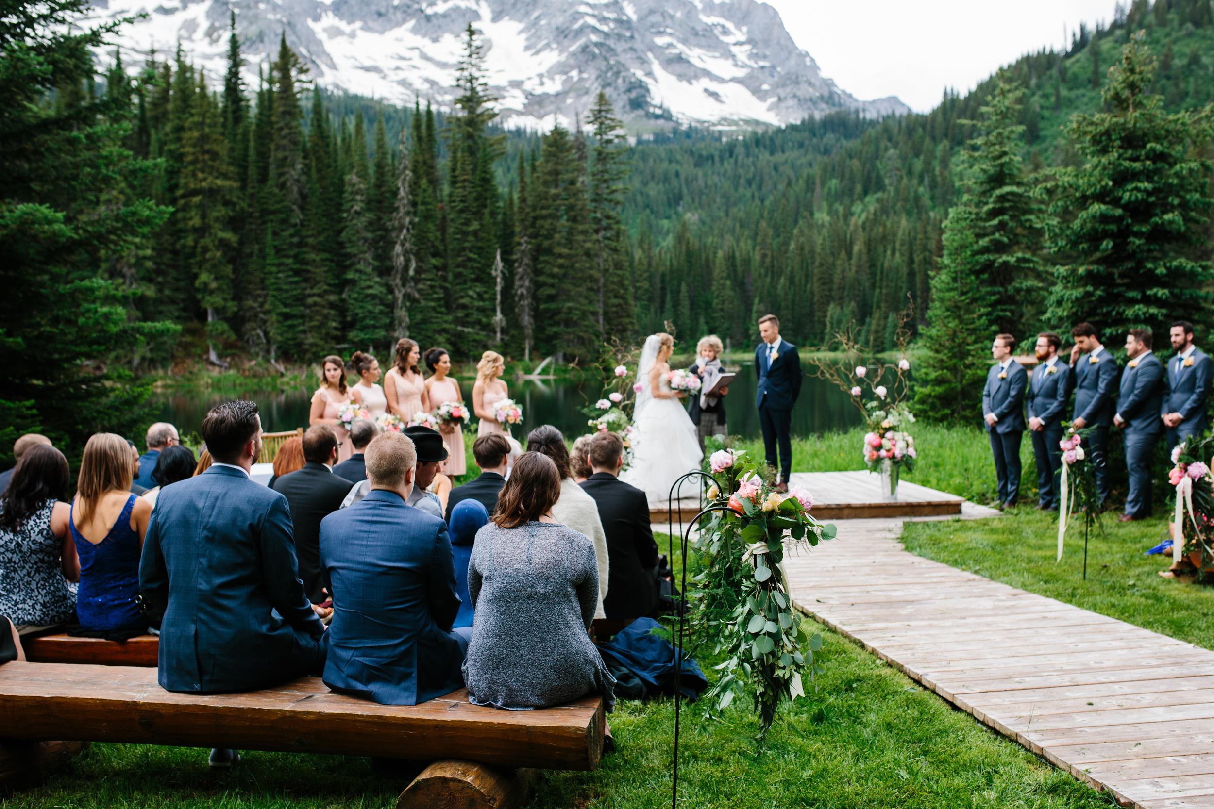 Island_Lake_Lodge_Wedding0023.jpg
