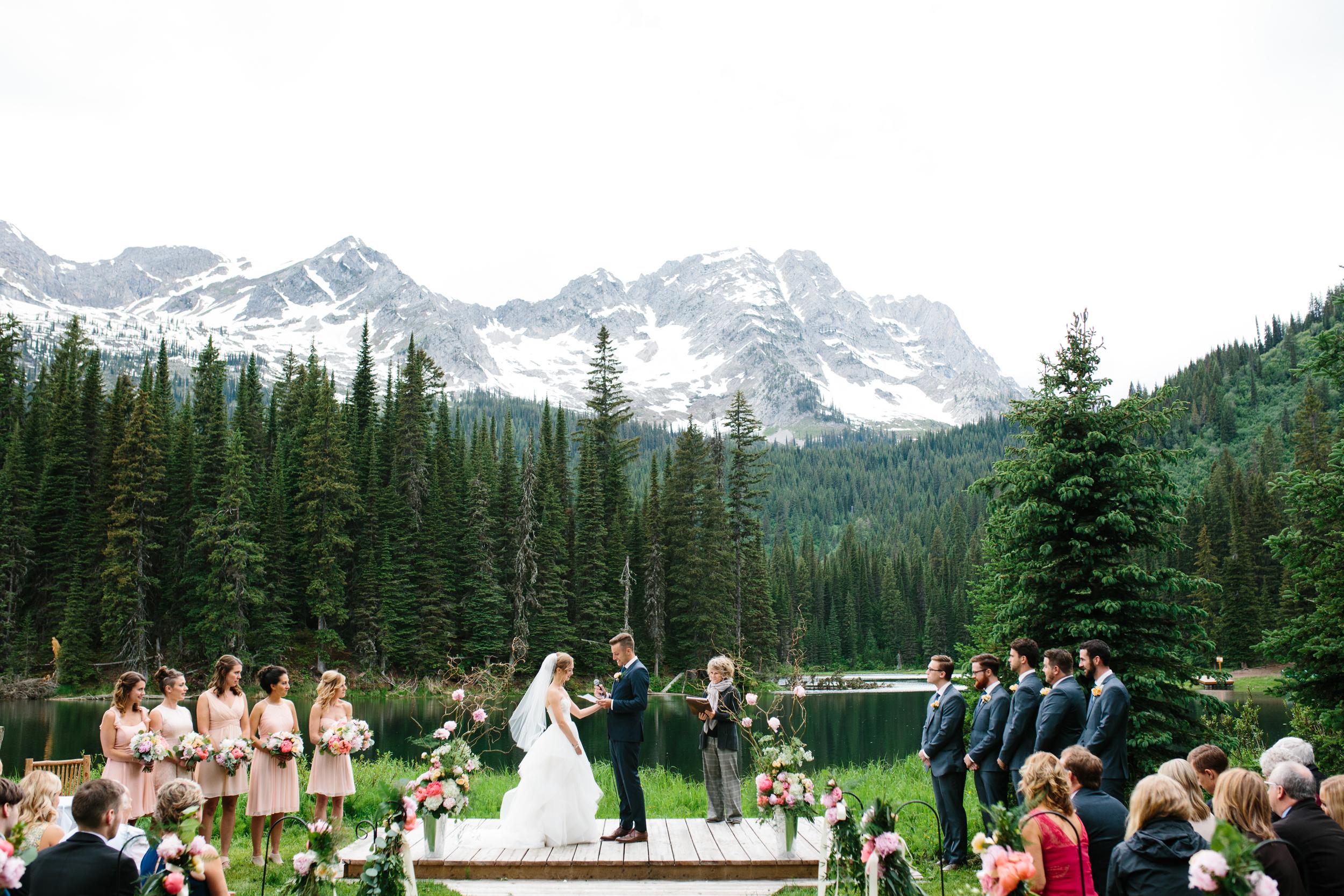 Island_Lake_Lodge_Wedding0026.jpg
