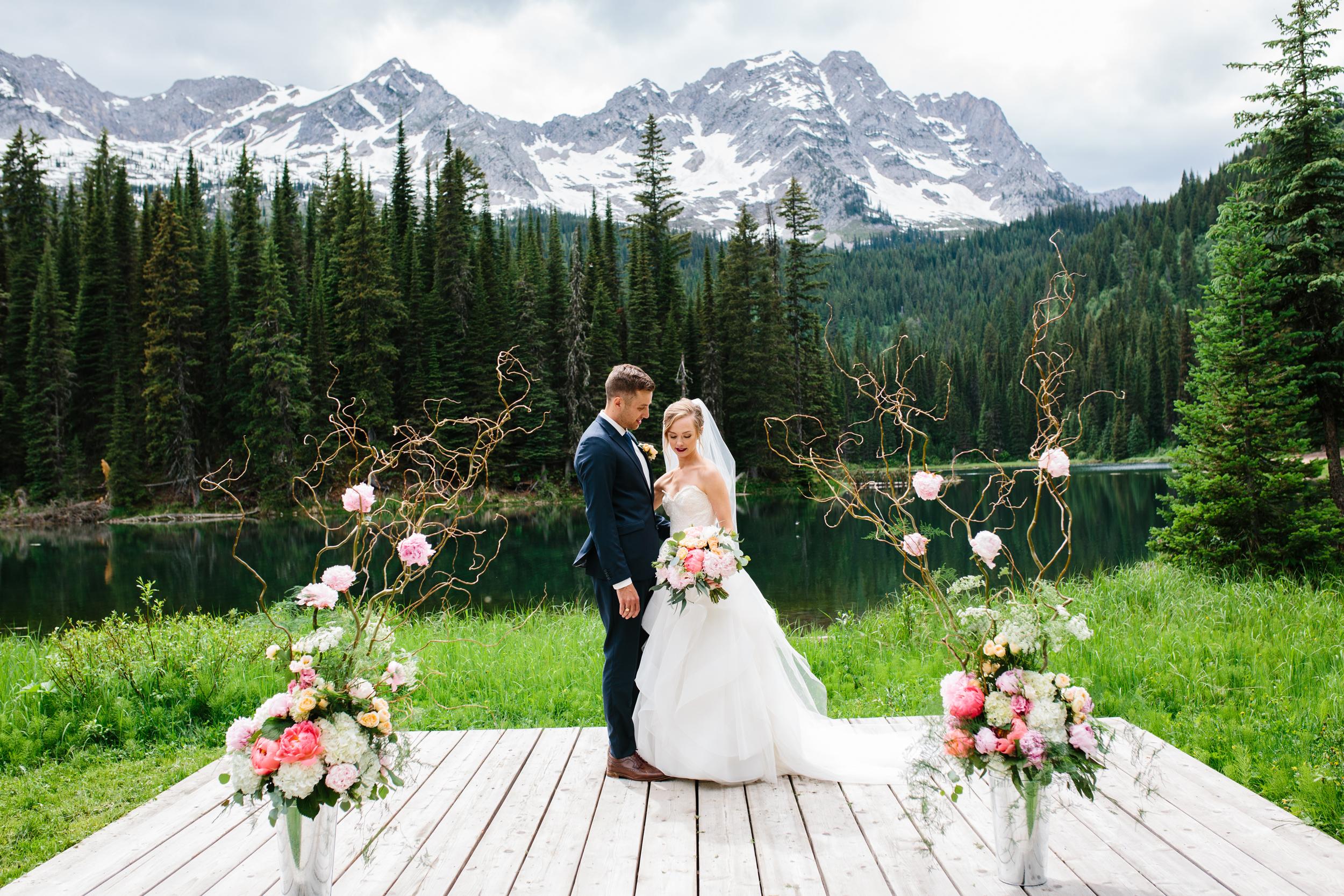 Island_Lake_Lodge_Wedding0031.jpg