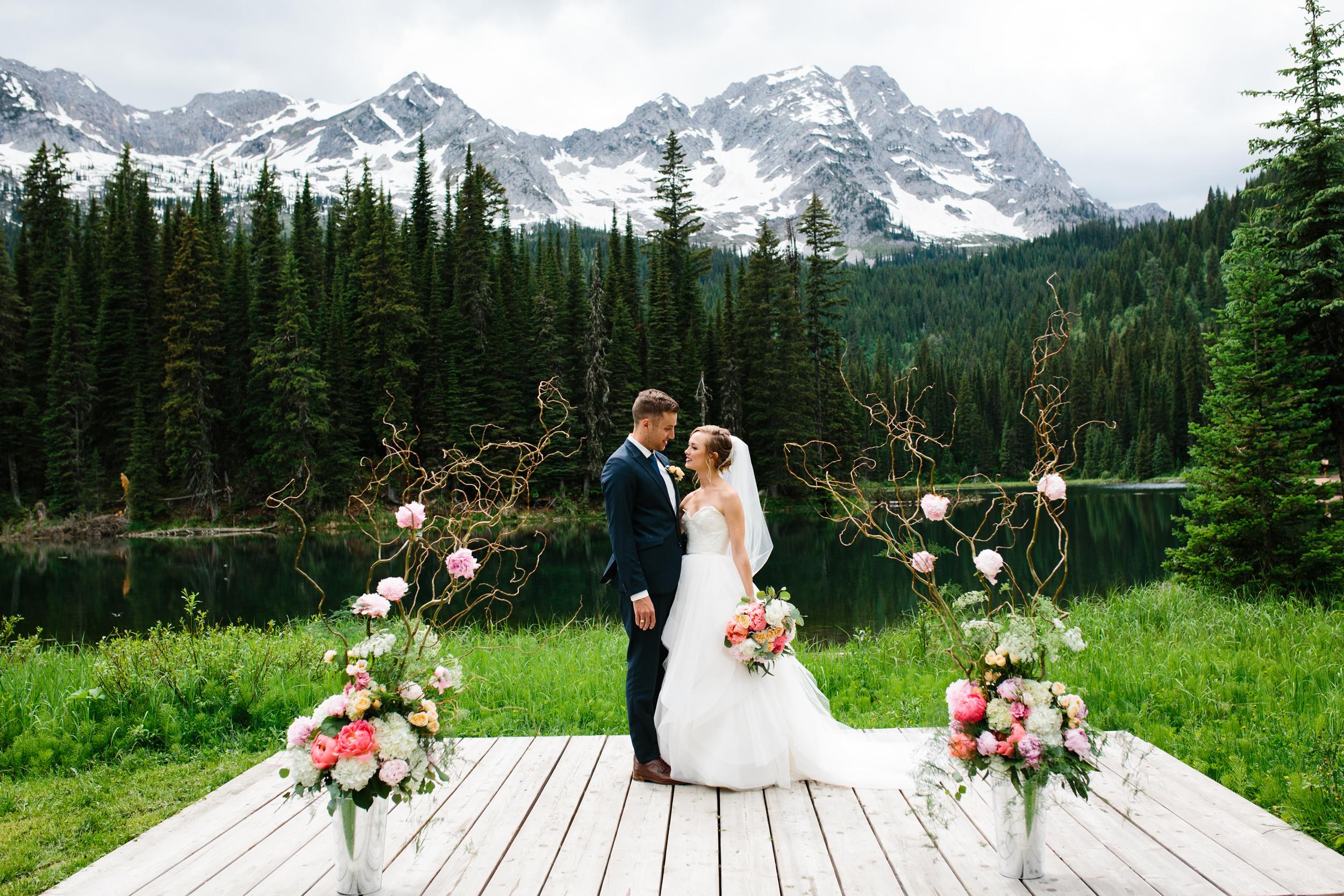 Island_Lake_Lodge_Wedding0032.jpg