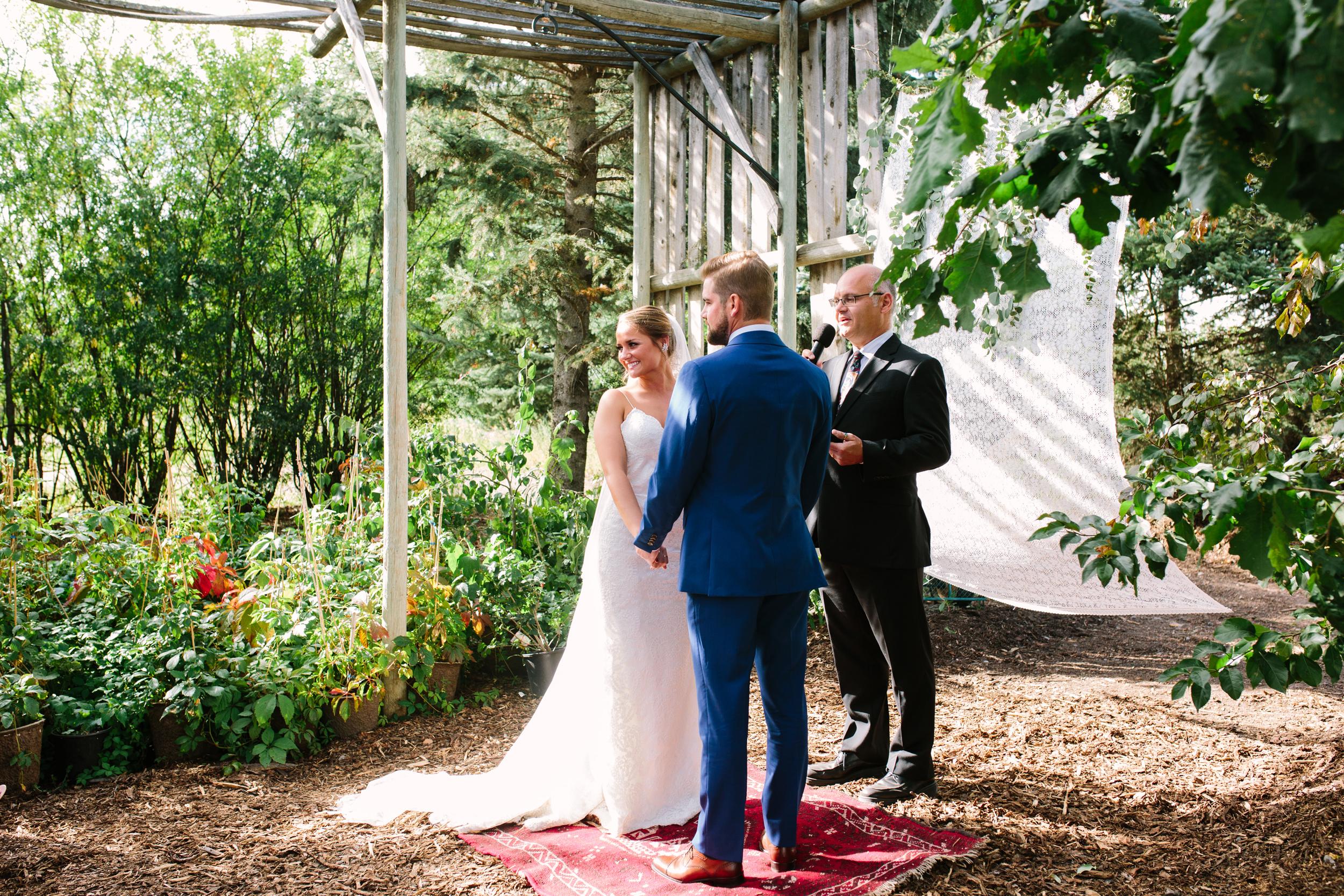 Saskatoon_Farm_Greenhouse_Wedding0039.jpg
