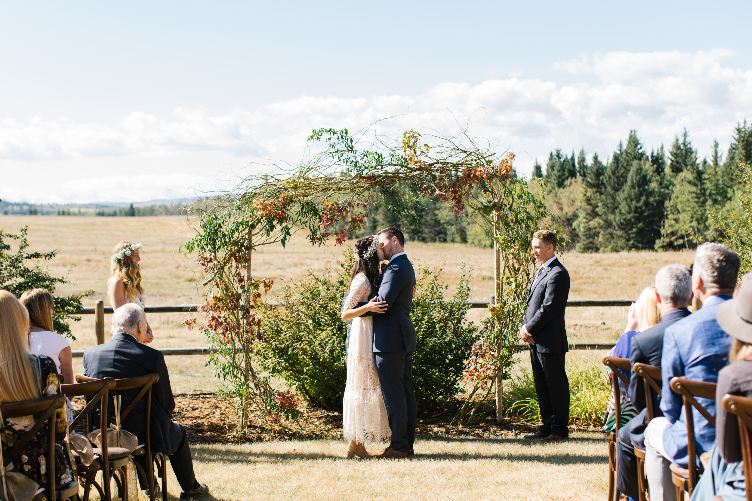 Calgary_Intimate_Backyard_Wedding0013.jpg