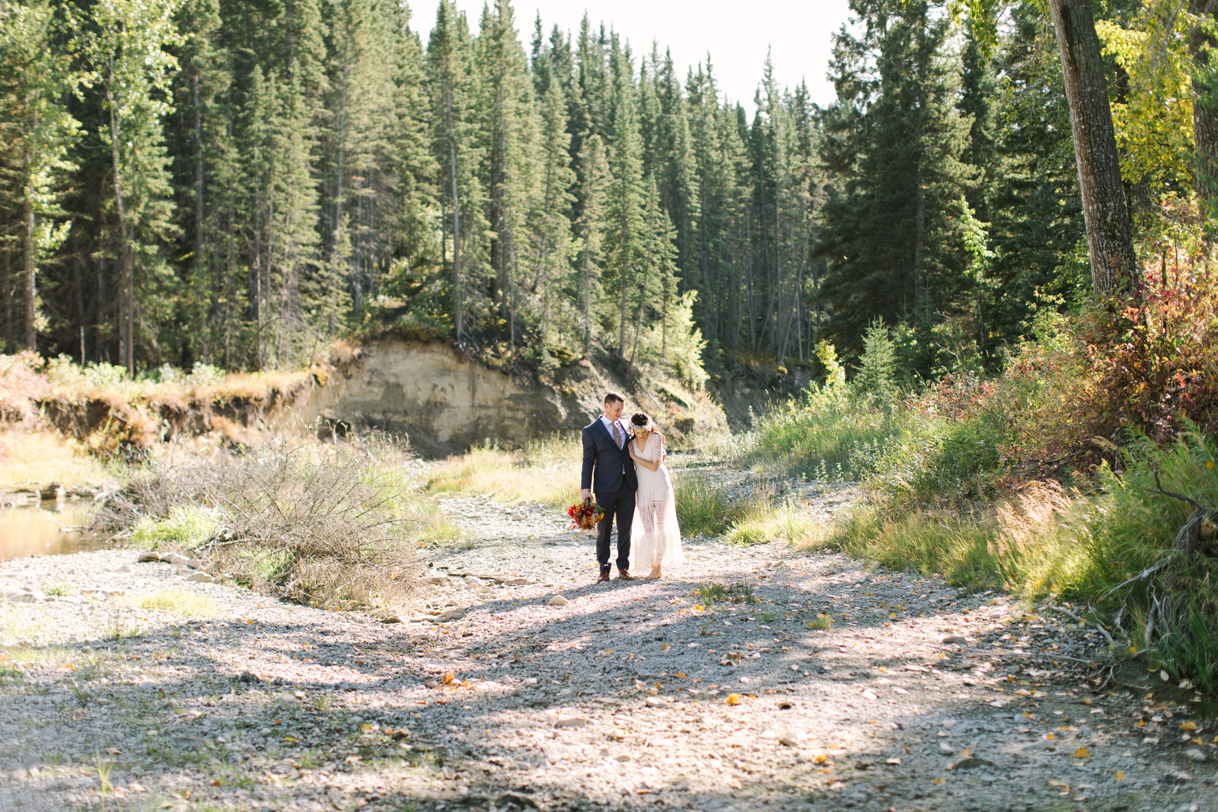 Calgary_Intimate_Backyard_Wedding0023.jpg
