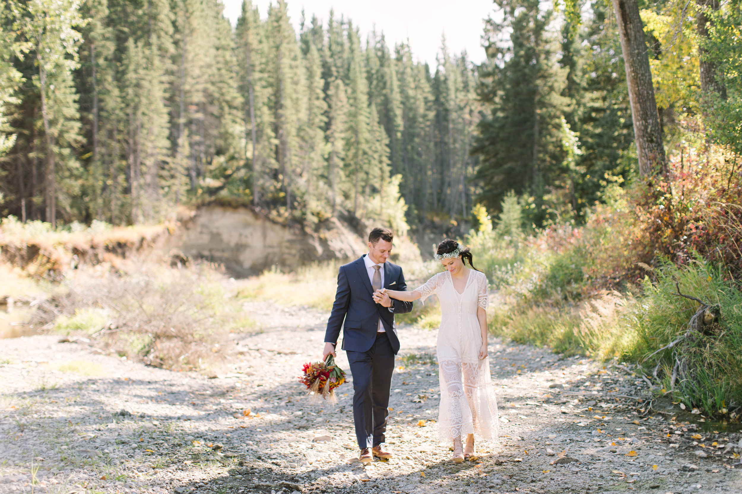 Calgary_Intimate_Backyard_Wedding0024.jpg