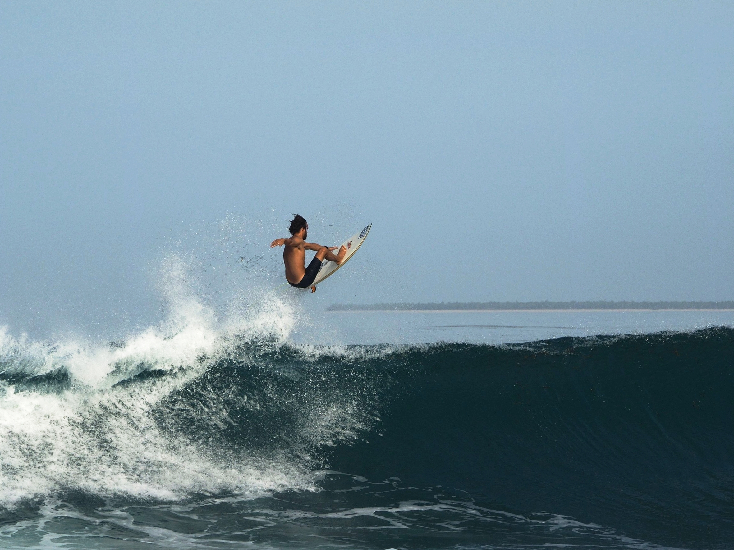 Surf Rote Island Indonesia (20).jpg