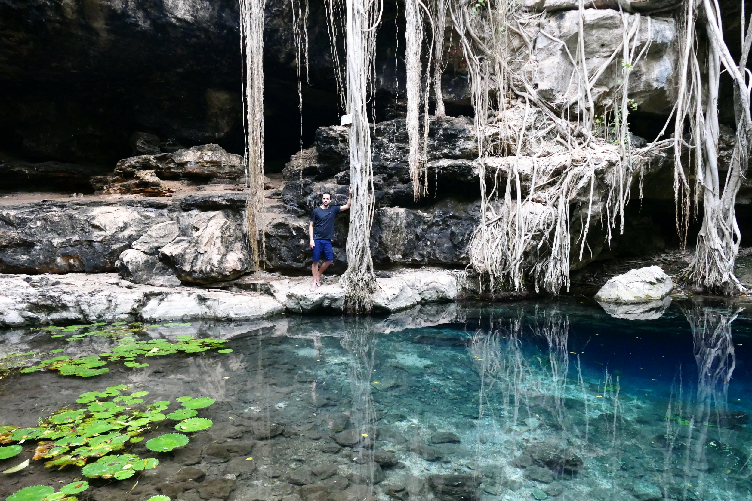 Cenote Xbatun Mexico (120).JPG