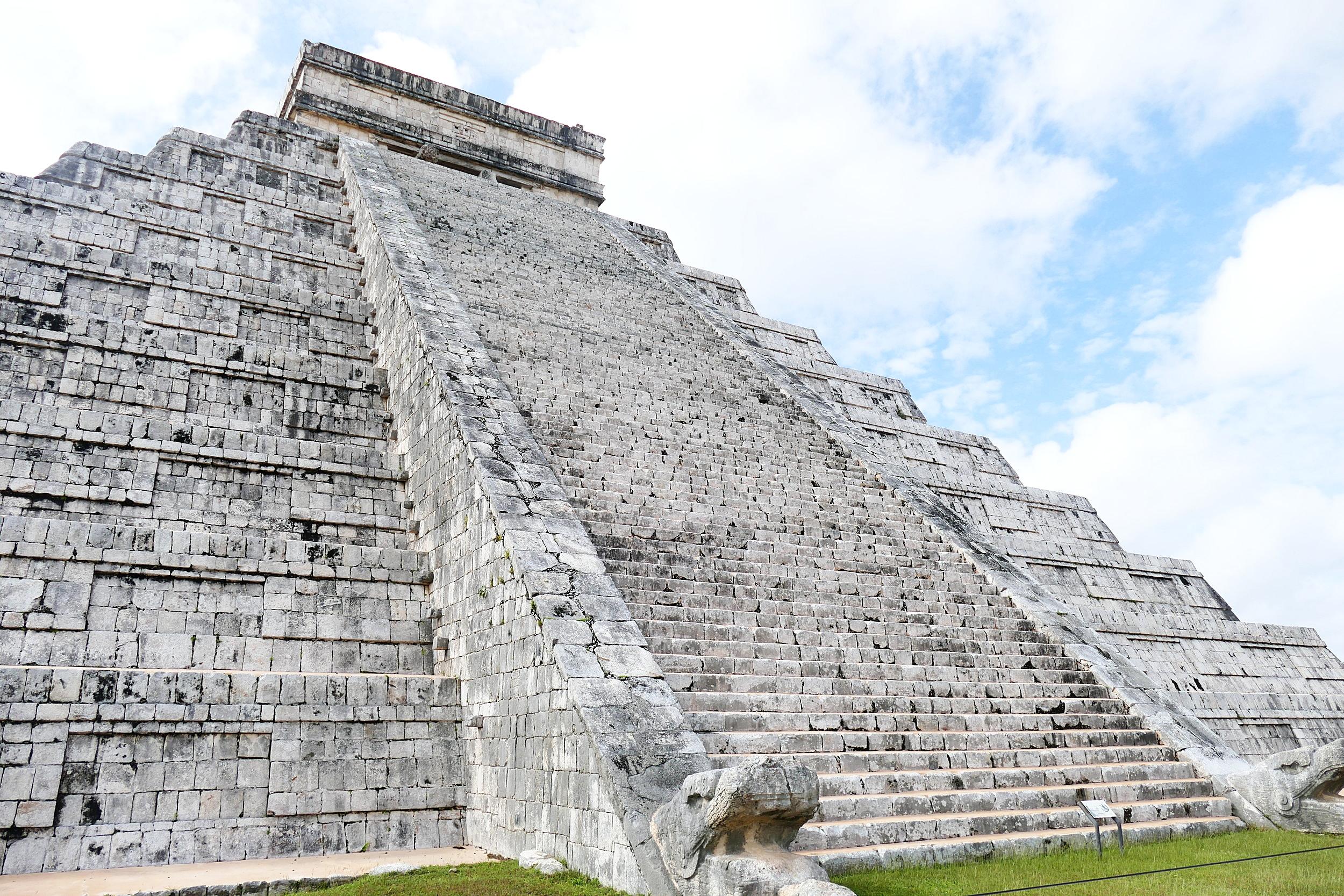 Chichen Itza Mexico (107).JPG