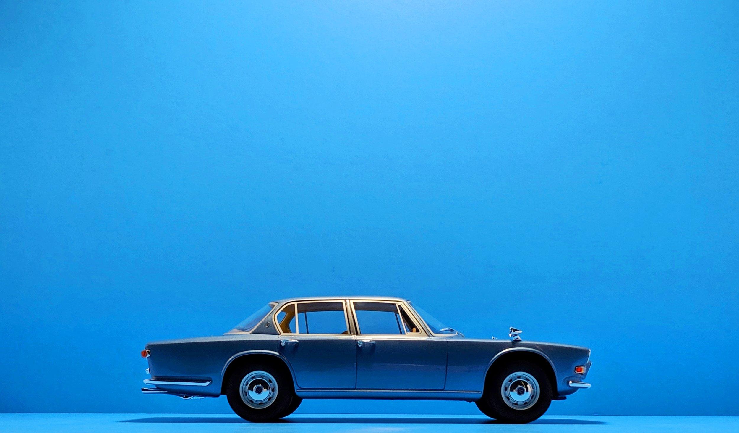 BoS Models 1:18 Maserati Quattroporte