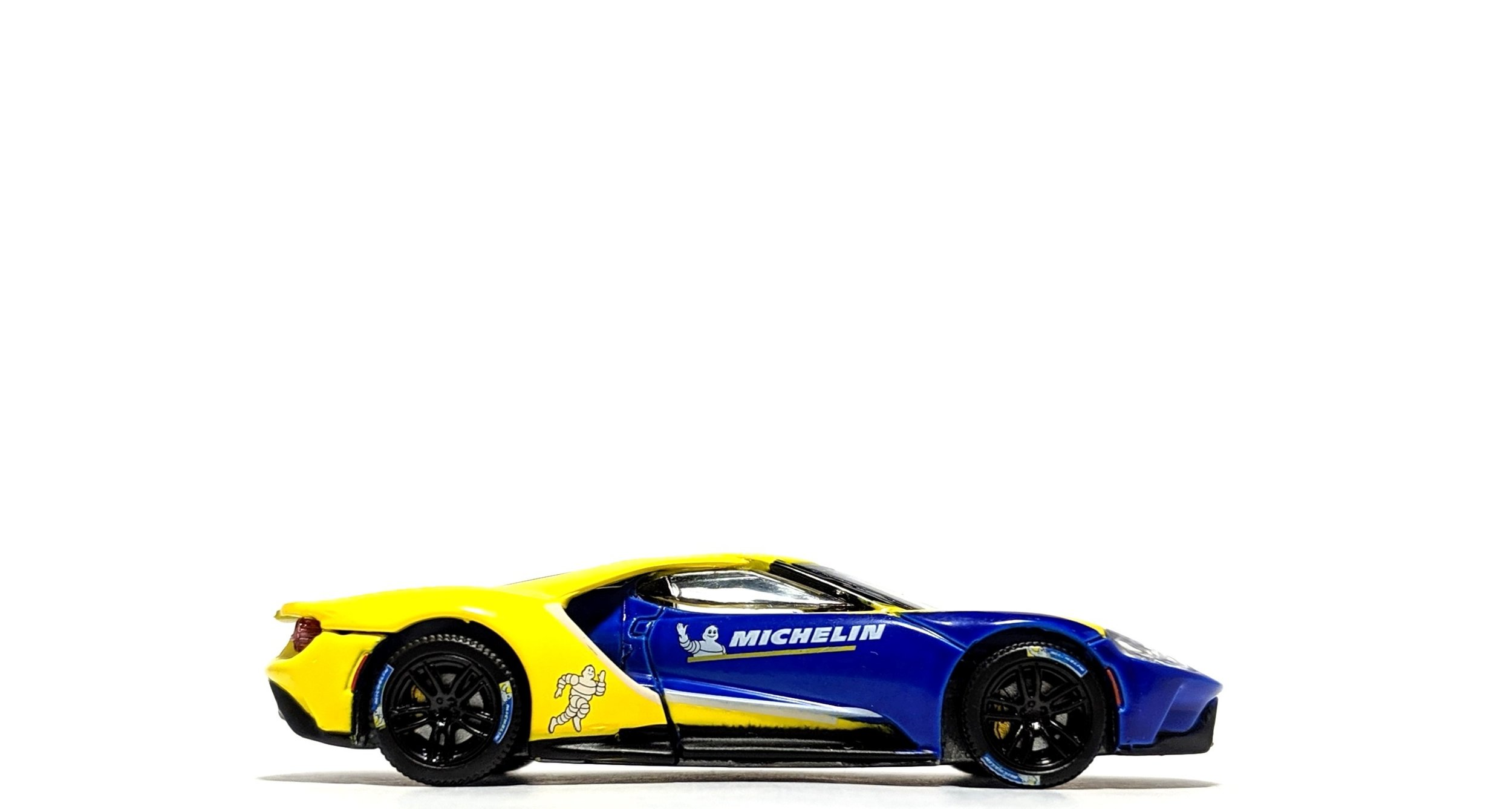 "2017 Ford GT ""Michelin Tires"" - Greenlight"