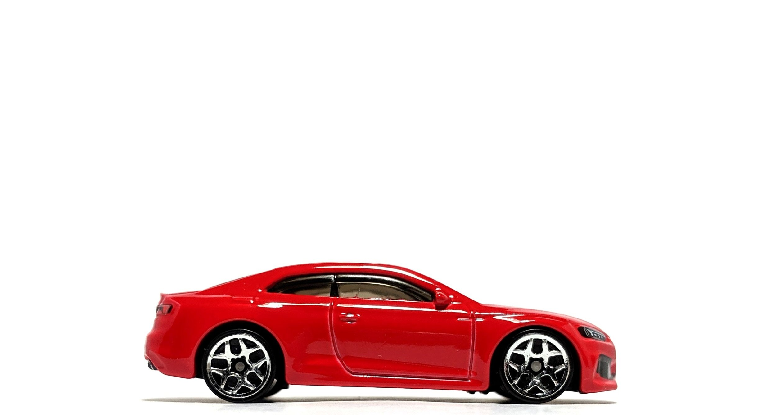 Audi RS5 Coupe - Hot Wheels
