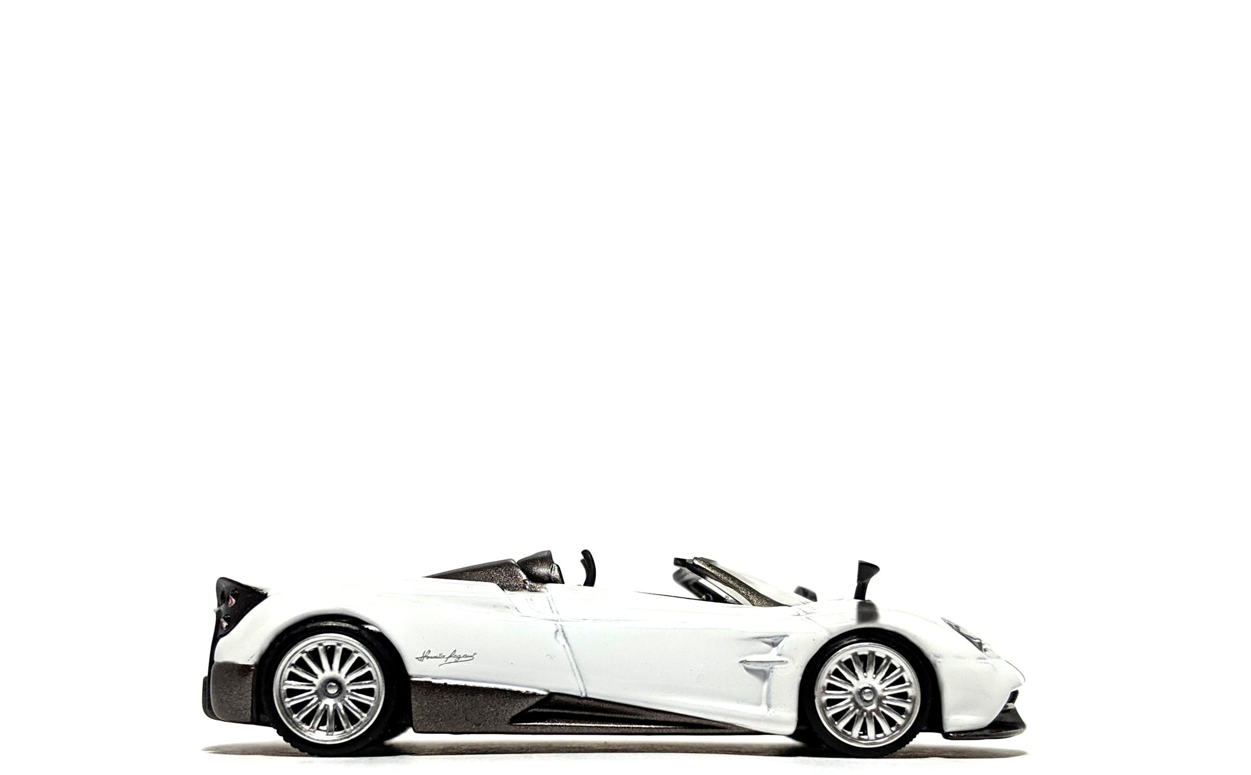 Pagani Huayra Roadster White (Hong Kong Exclusive) - TSM/Mini GT