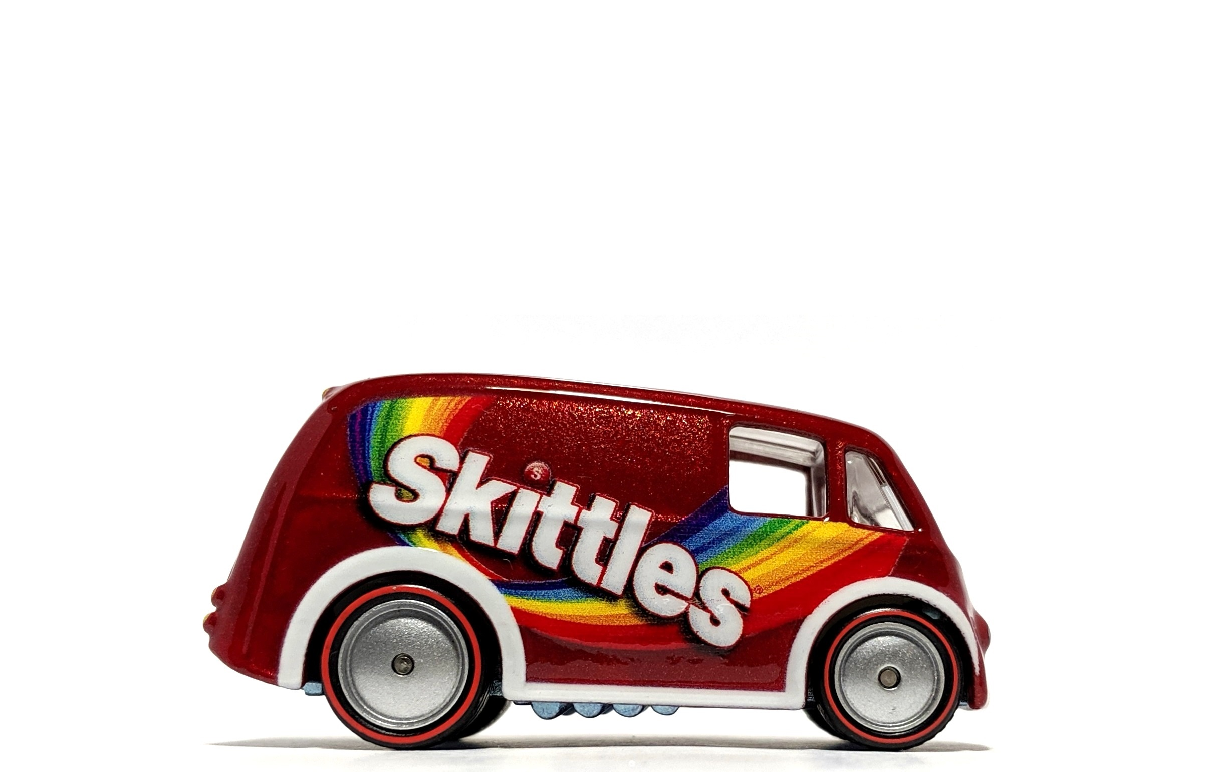 "Quick D-Livery ""Skittles"" - Hot Wheels Pop Culture"