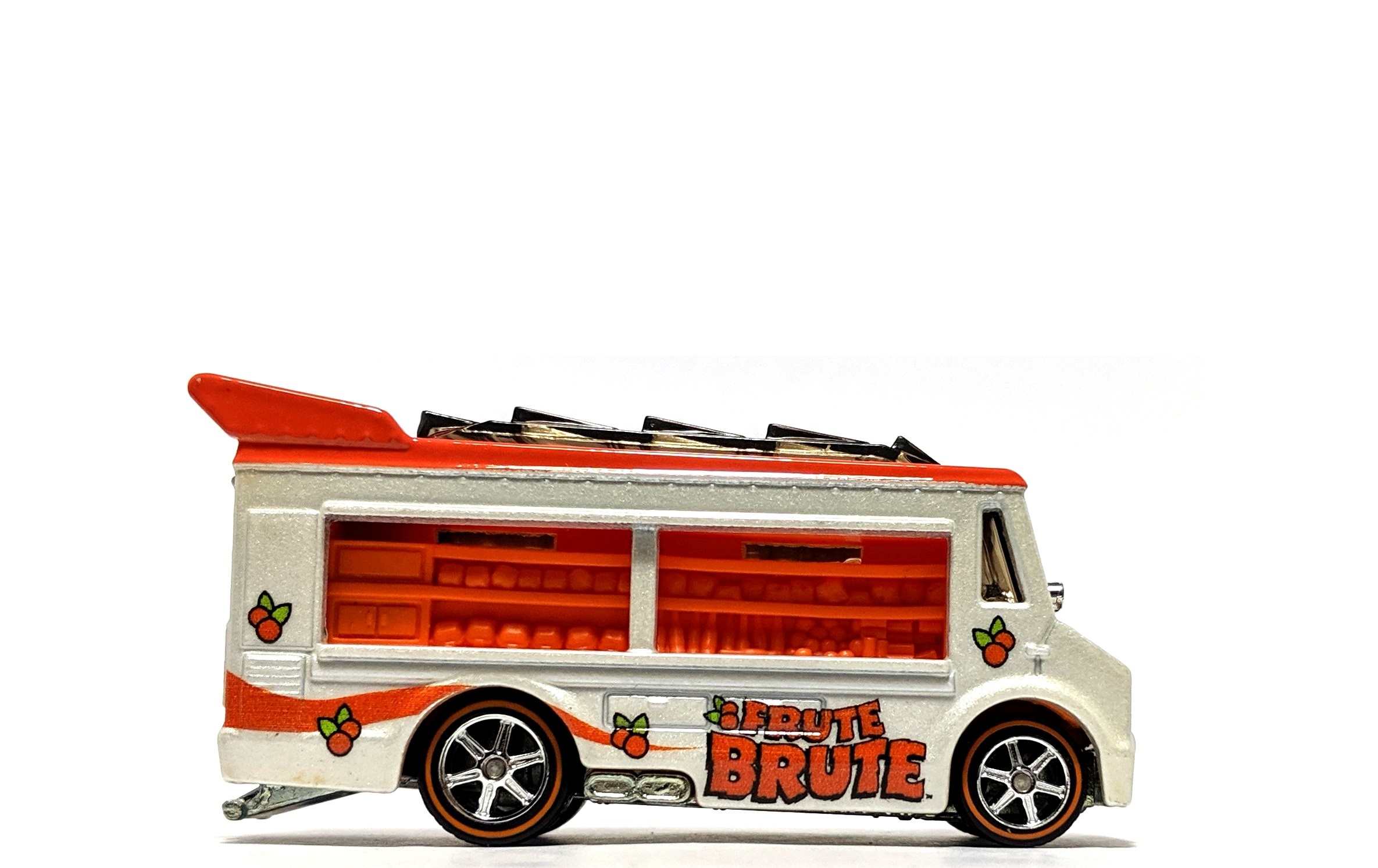 "Smokin' Grille ""Frute Brute"" - Hot Wheels Pop Culture"