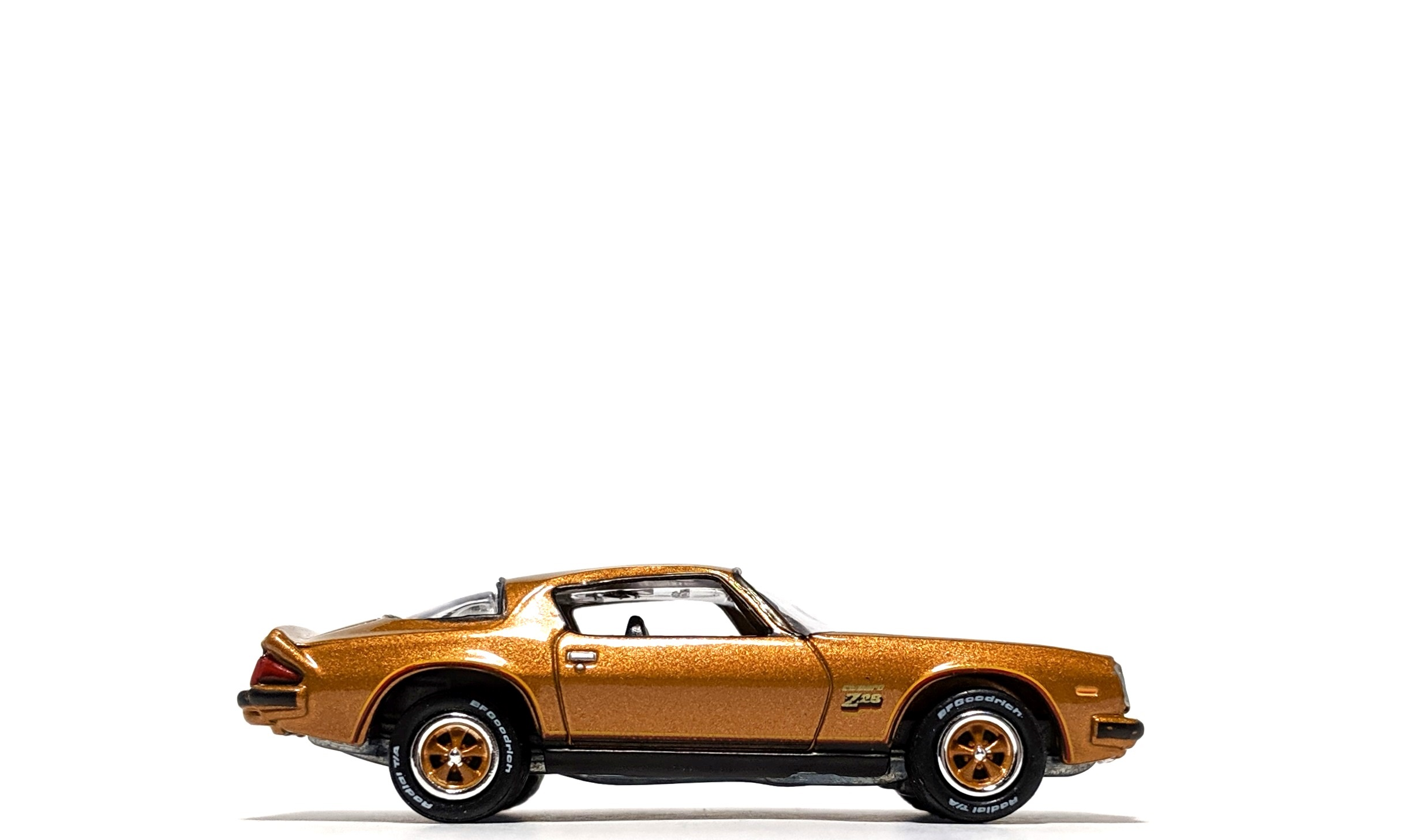 1977 Chevrolet Camaro Z28 - Johnny Lightning
