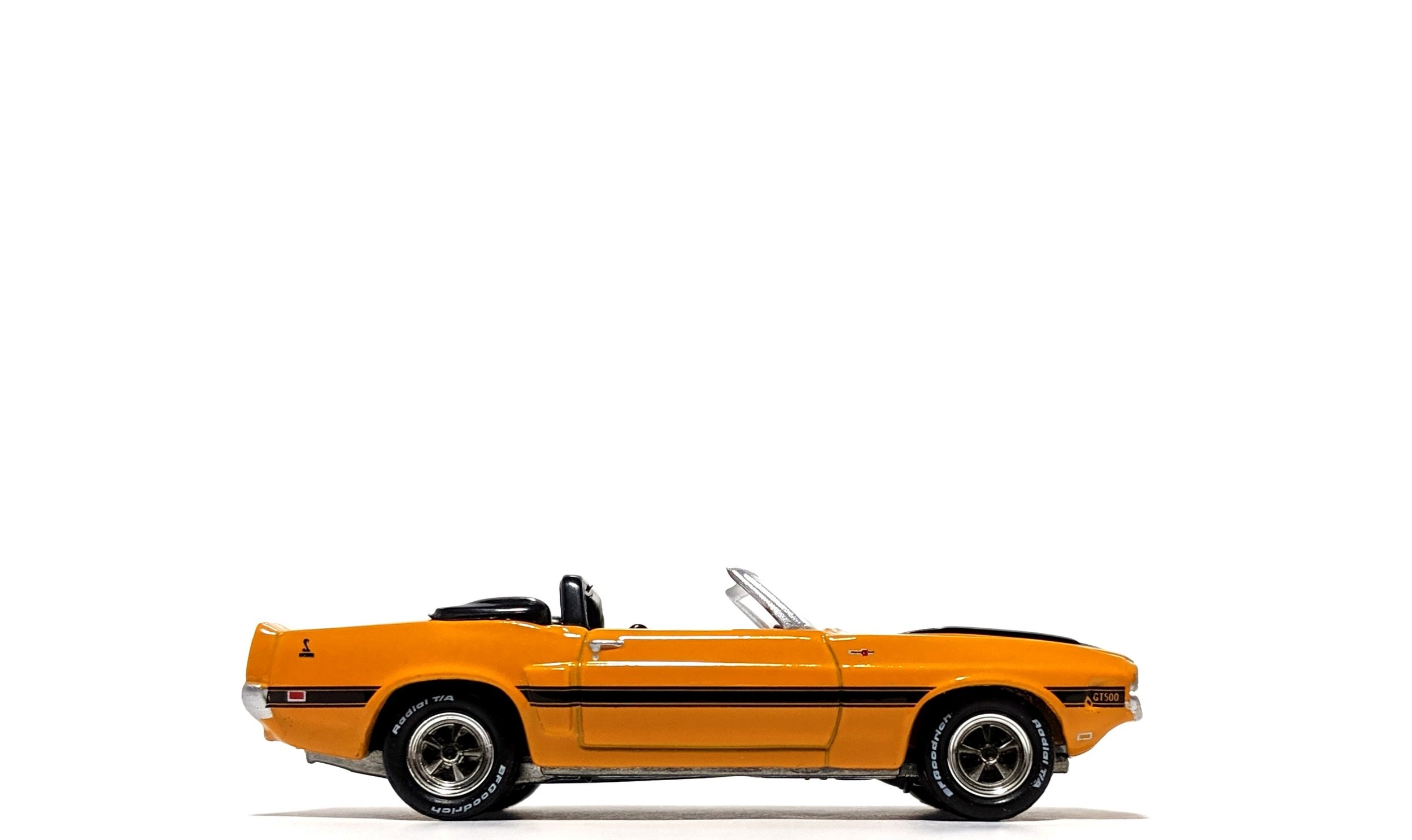 1970 Shelby GT-500 in Grabber Orange, by Johnny Lightning (Classic Gold)