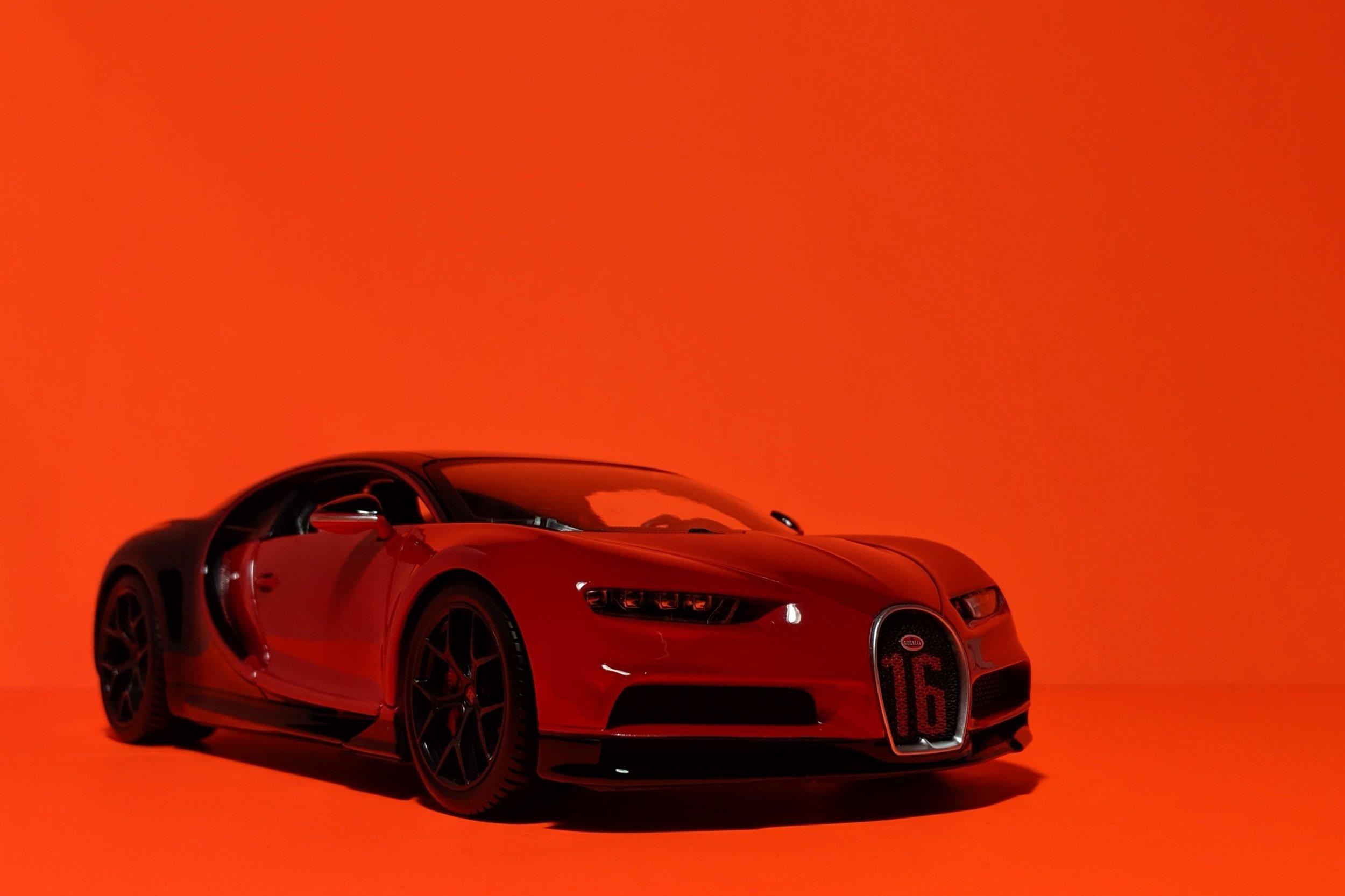 bugatti-chiron-sport-maisto-118-2.jpg