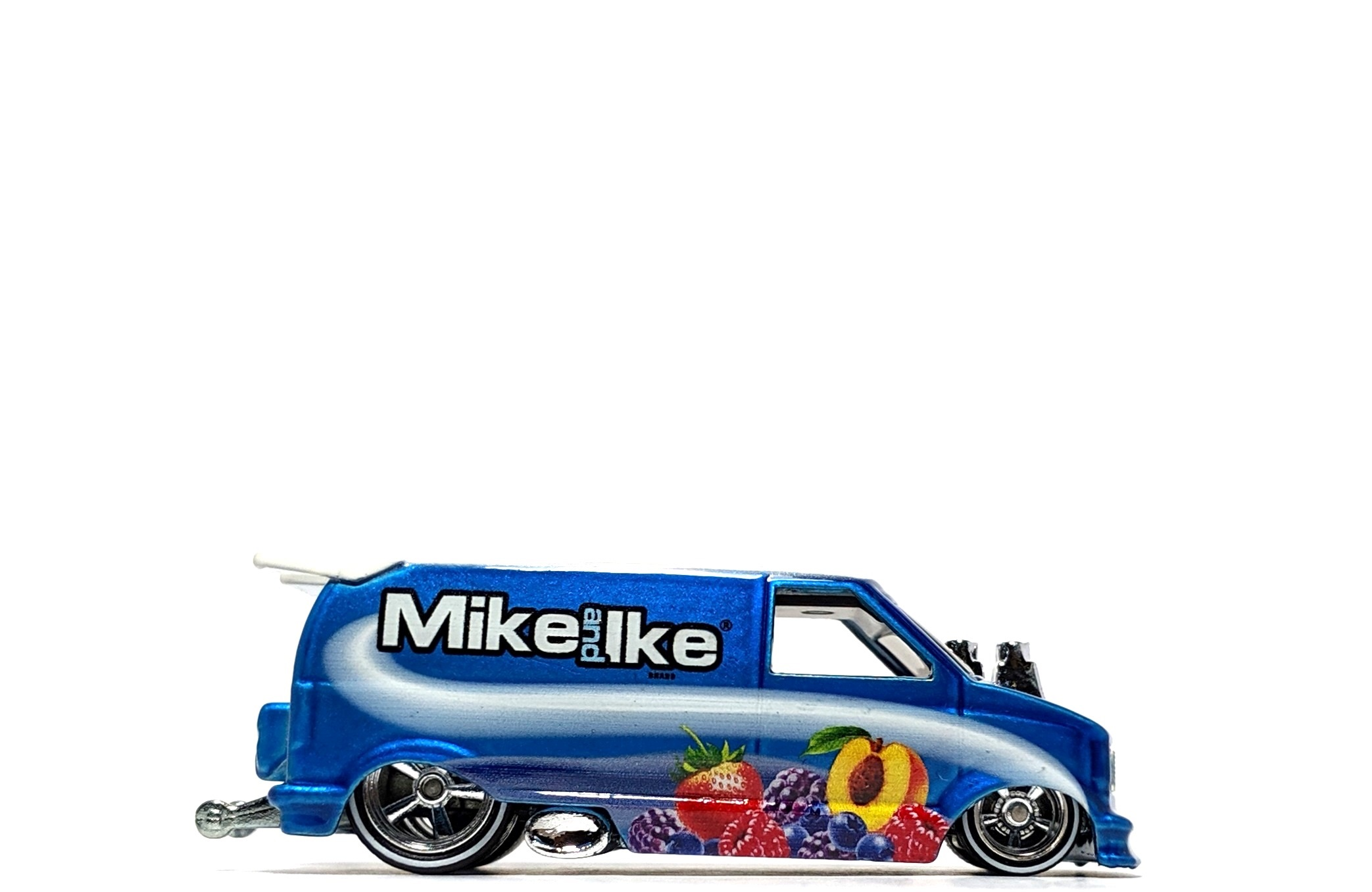 "'85 Chevy Astro Van ""Mike and Ike"", by Hot Wheels (Pop Culture: Just Born)"