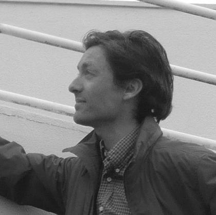 Svein Erik Lund   Utdannet ved Manchester UNI og NTNU. Uteksaminert i 1997. Siv.ark MNAL. Faglig leder ved kontoret med 20 års erfaring. PARTNER  Mobil: 92 03 82 98 /  sel@lundlaastad.no