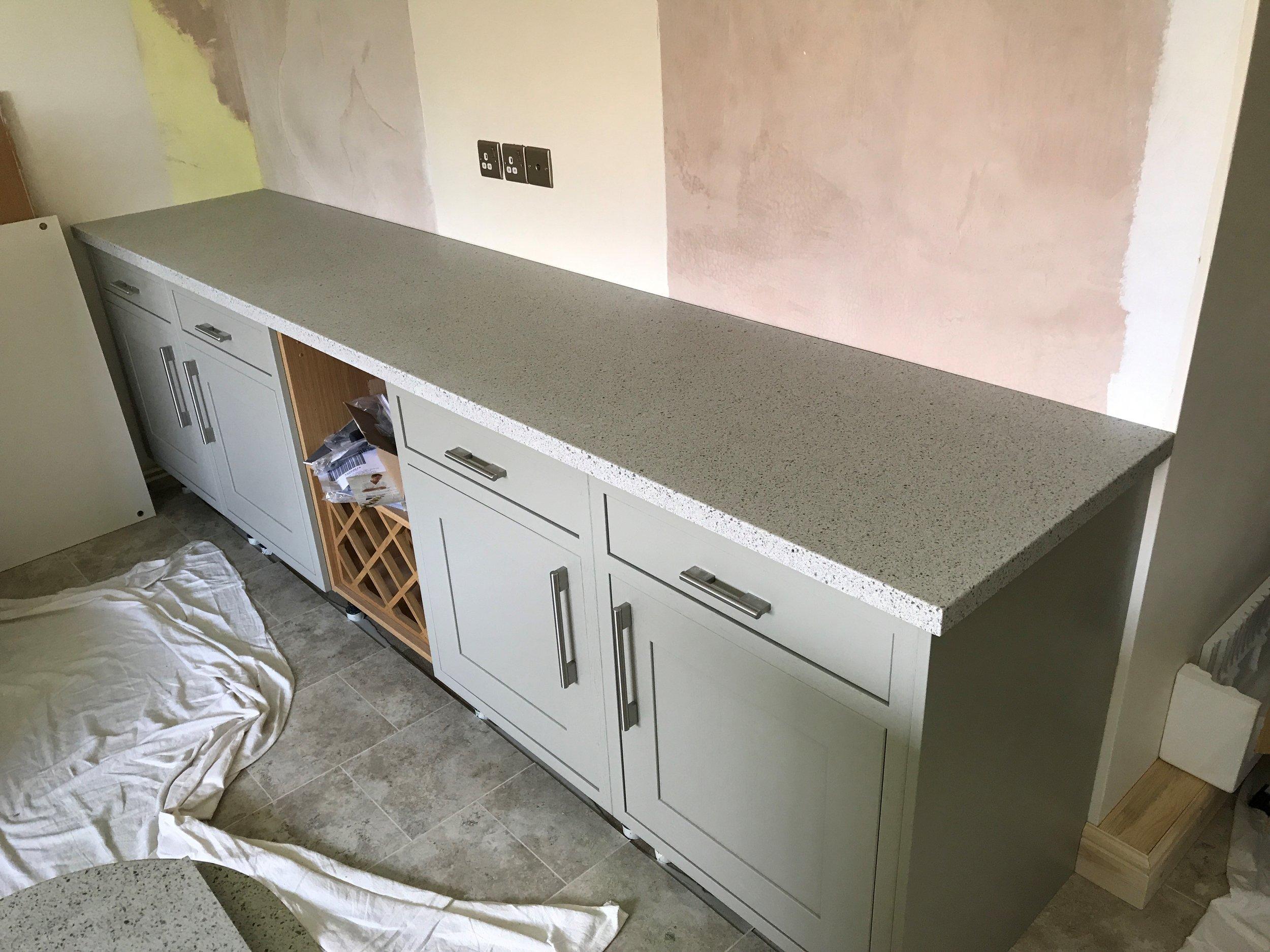 Grise Kitchen
