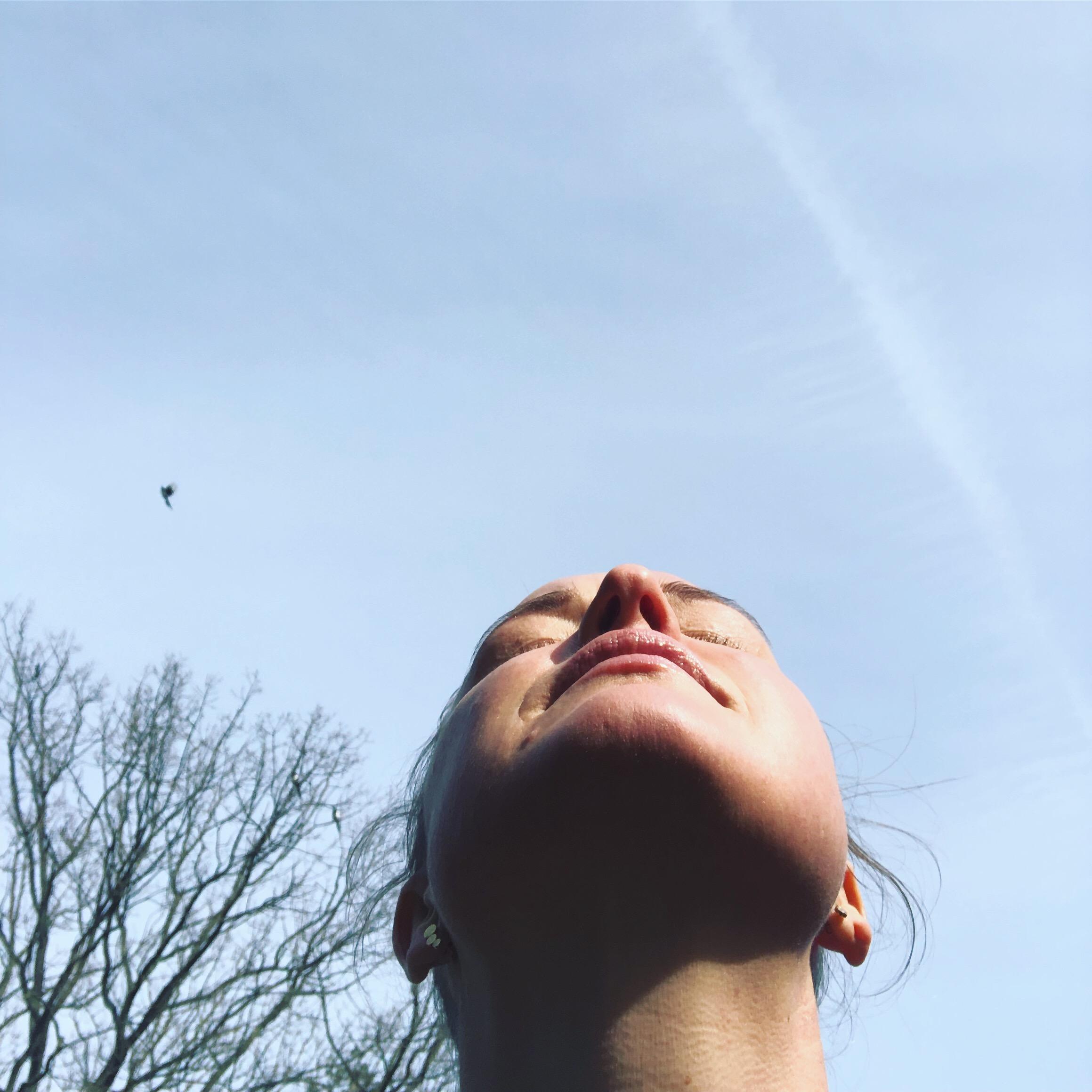 Min sorg har fuglevinger - om hvordan sorgen både kan åbne og lukke os som mennesker