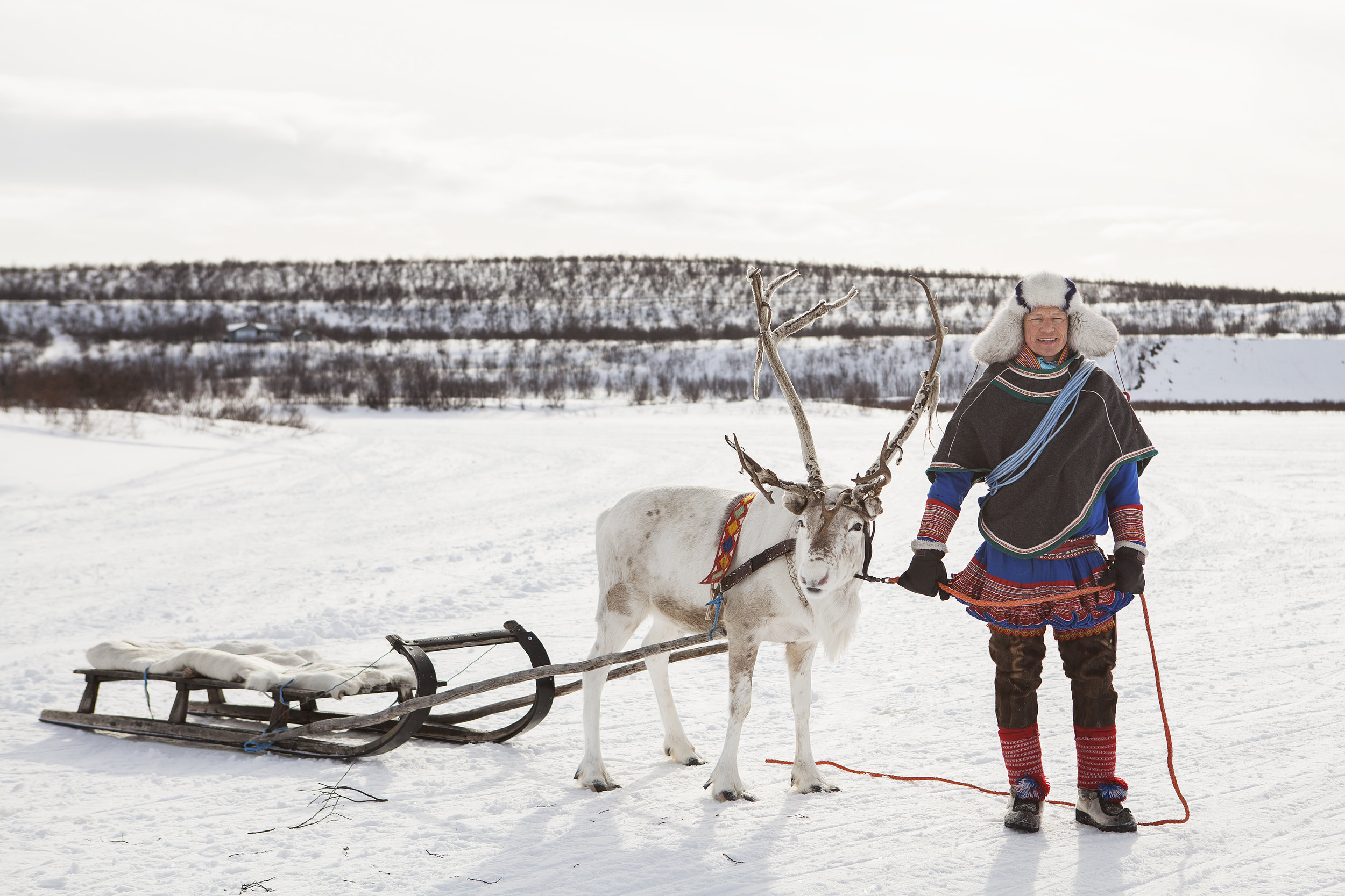 EXPLORE THE FROZEN LANDSCAPE AND THE SAMI CULTURE - Do you want to get an insight of Sami culture and history and also want to experience the mighty mountain plateau winter time? We will take you to the Sami town of Kautokeino.