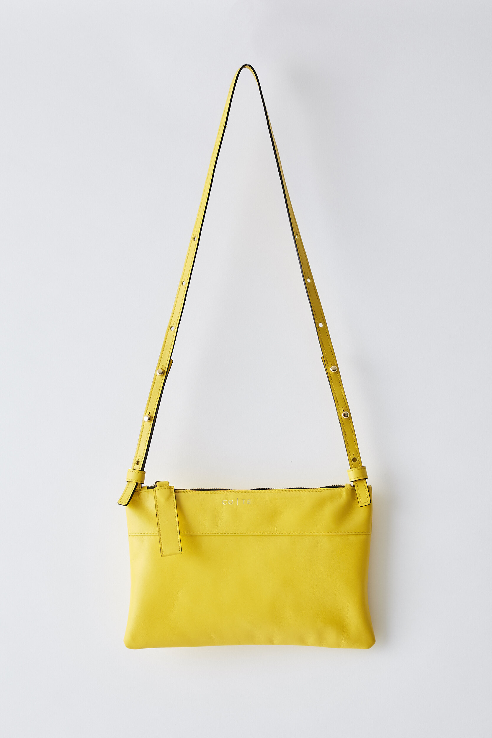 COTE SS2020 Friday Clutch yellow