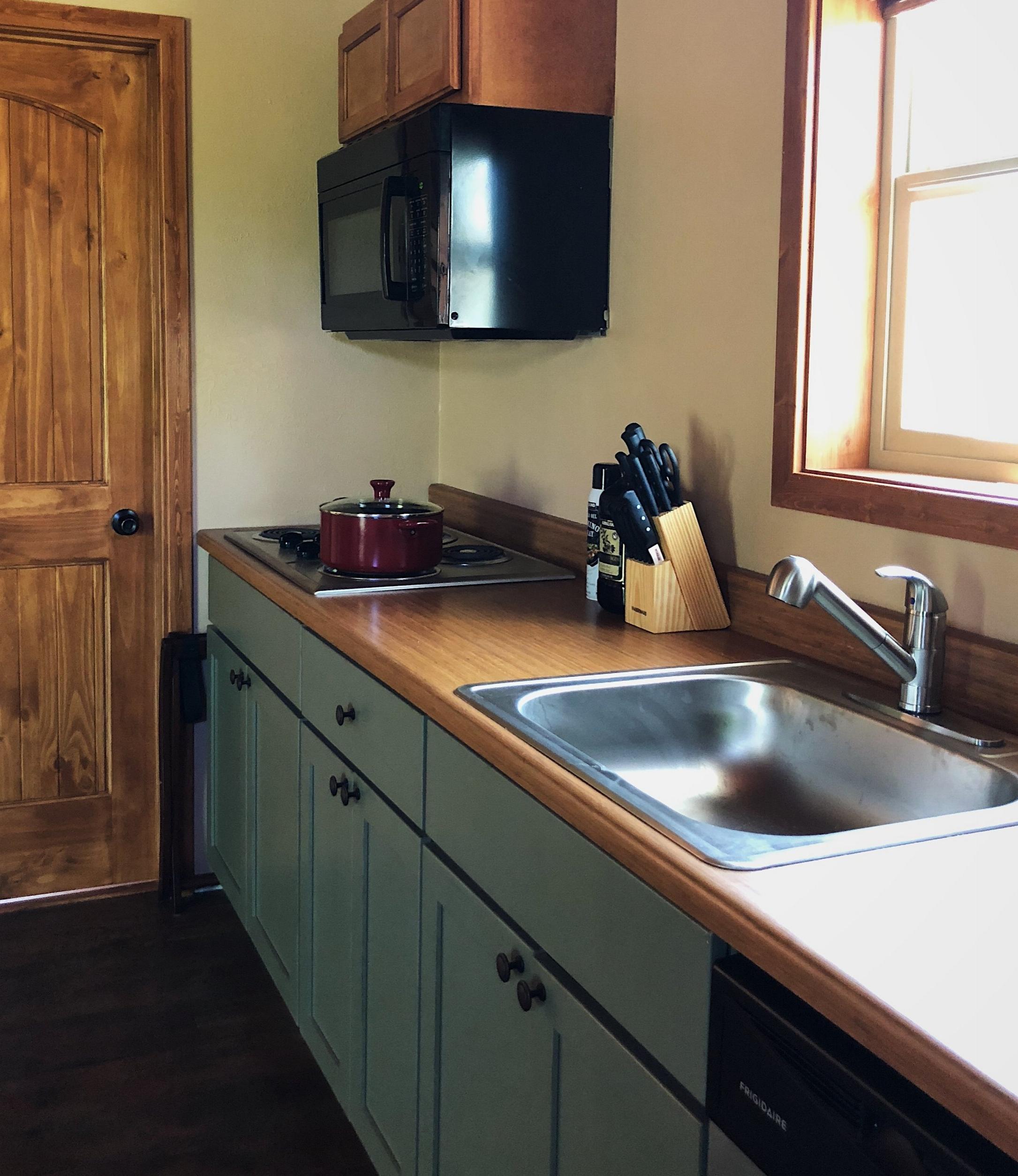 Kitchens & Kitchenettes