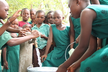 SUCCESS! - Bore Hole & Pump Installed July 2019Installing a pump on the bore hole at E.P. Primary Ho-Bankoe, will bring water to 565 students and their teachers. We are currently assessing the next bore hole project.