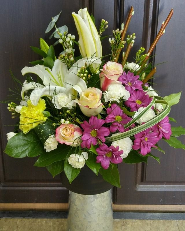 Love this!  #everydayflowers #treatyourself #lavioletteflowers #freshflowersathome